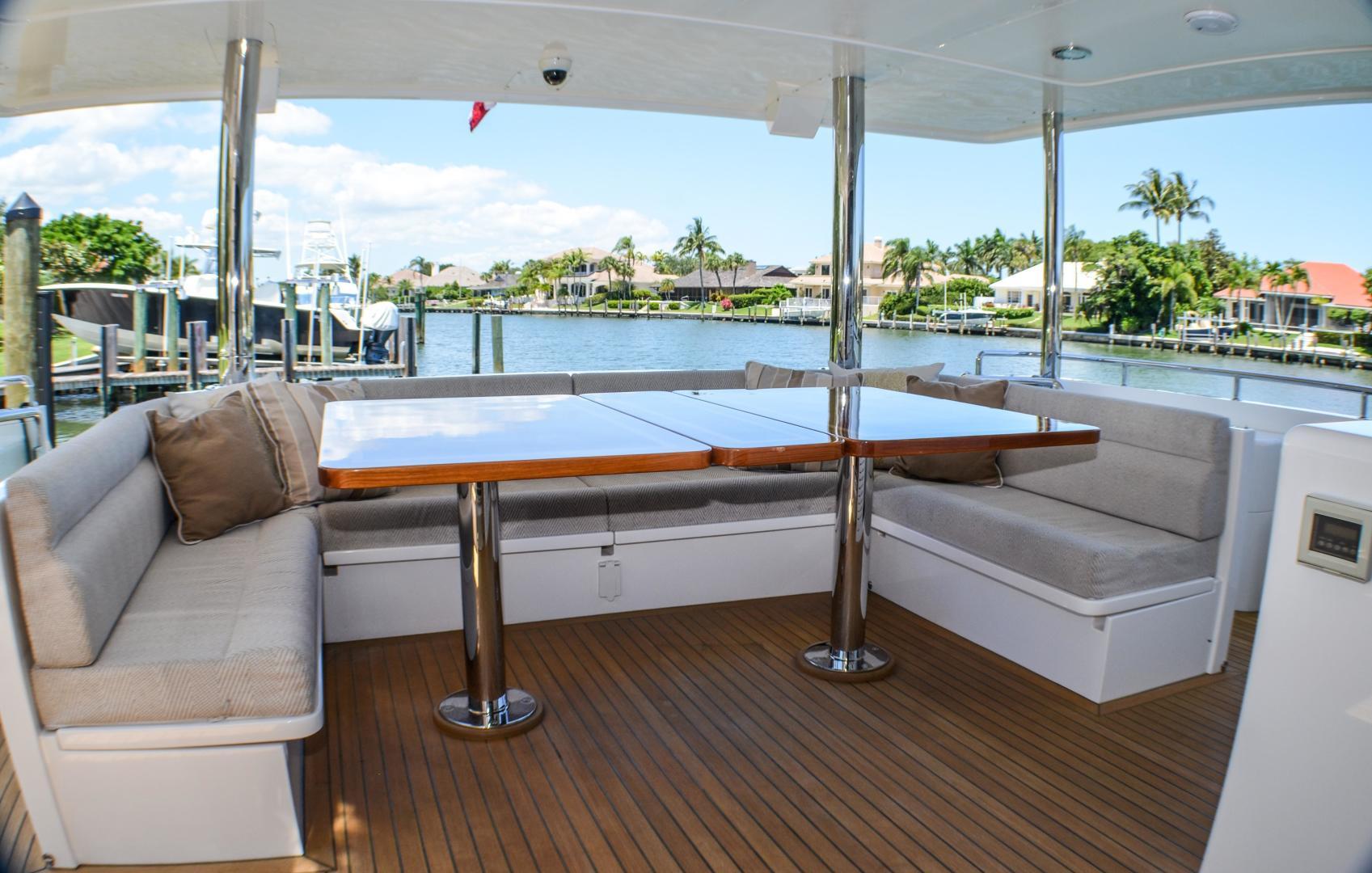 Outer Reef Yachts-860 DBMY 2017-Simon Says Vero Beach-Florida-United States-1488236 | Thumbnail