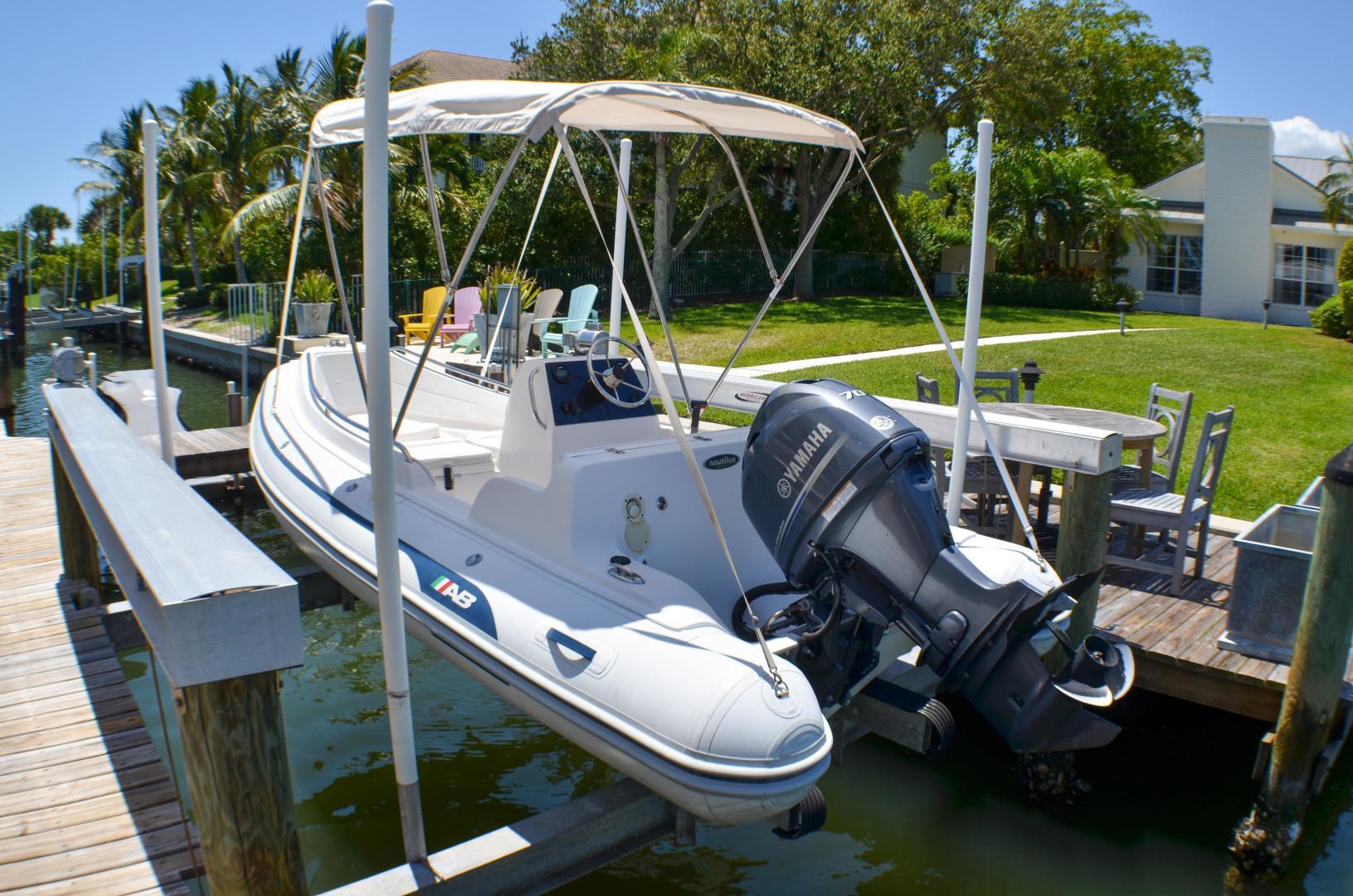 Outer Reef Yachts-860 DBMY 2017-Simon Says Vero Beach-Florida-United States-1488314 | Thumbnail