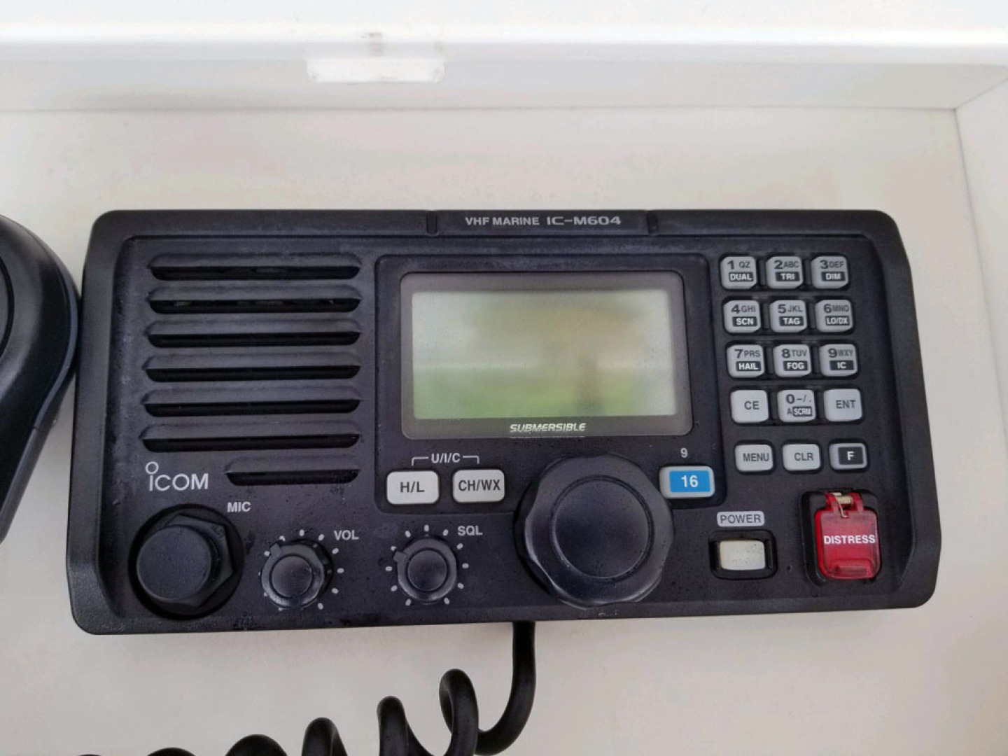 Viking-47 Convertible 1999-Reel Madness South Padre Island-Texas-United States-VHF Marine Radio-1497900 | Thumbnail