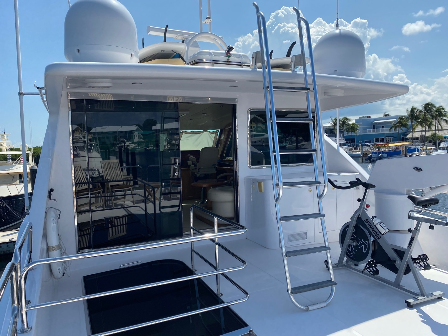 Horizon-Enclosed Flybridge 2002-Rogue Ocean Reef-Florida-United States-1494591 | Thumbnail