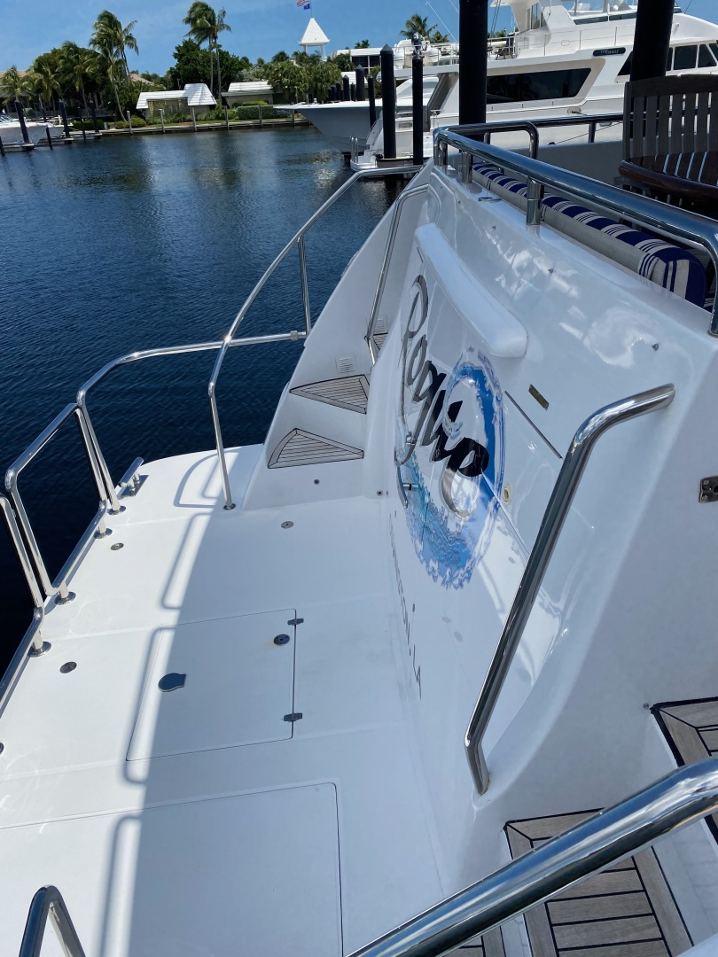 Horizon-Enclosed Flybridge 2002-Rogue Ocean Reef-Florida-United States-1494577 | Thumbnail