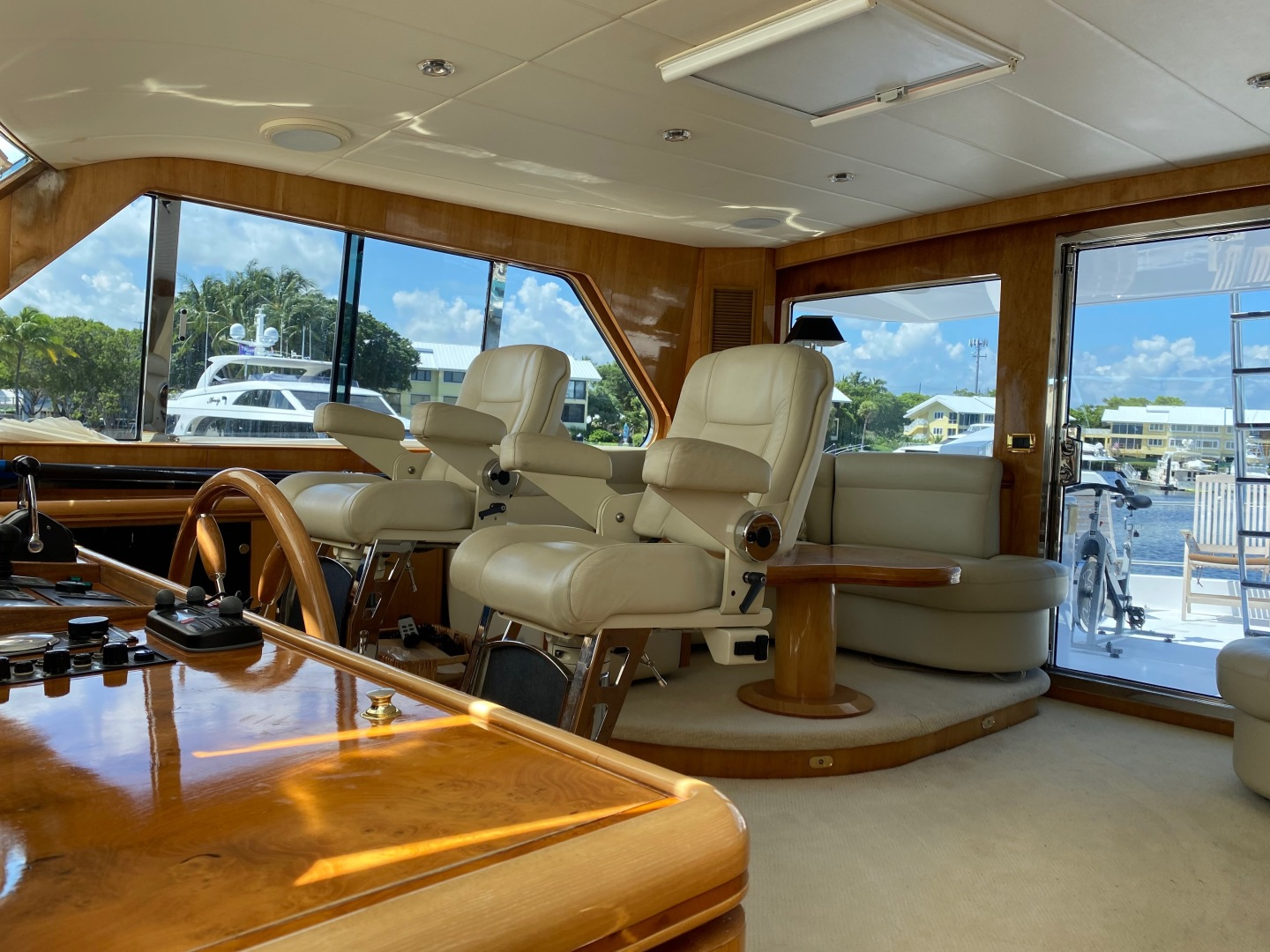 Horizon-Enclosed Flybridge 2002-Rogue Ocean Reef-Florida-United States-1494587 | Thumbnail