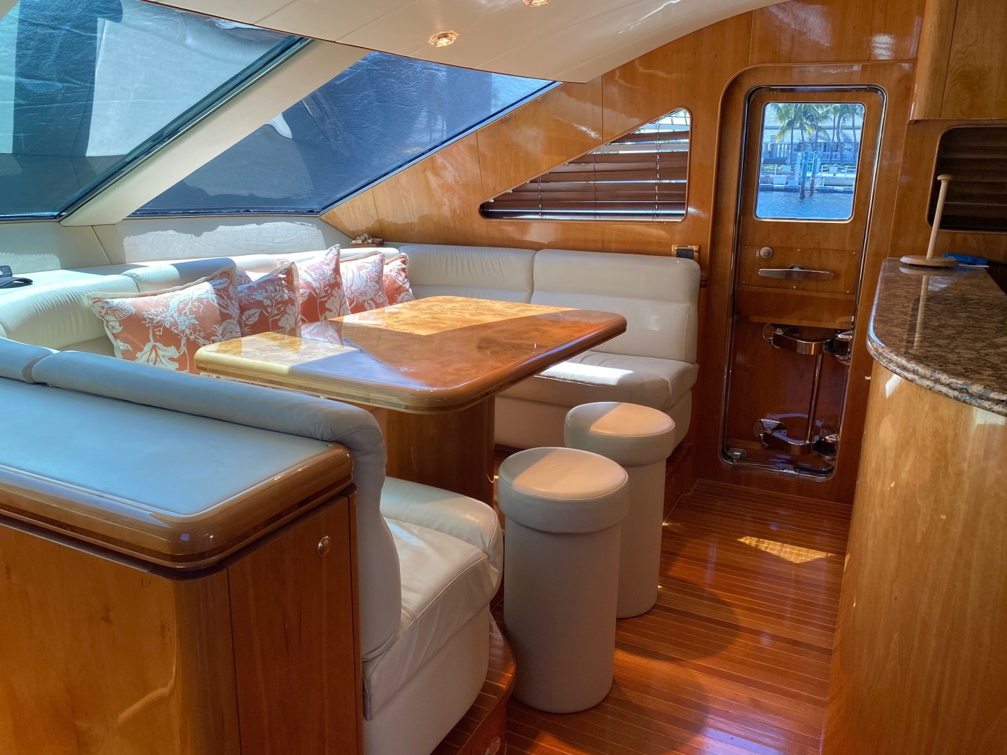 Horizon-Enclosed Flybridge 2002-Rogue Ocean Reef-Florida-United States-1494586 | Thumbnail