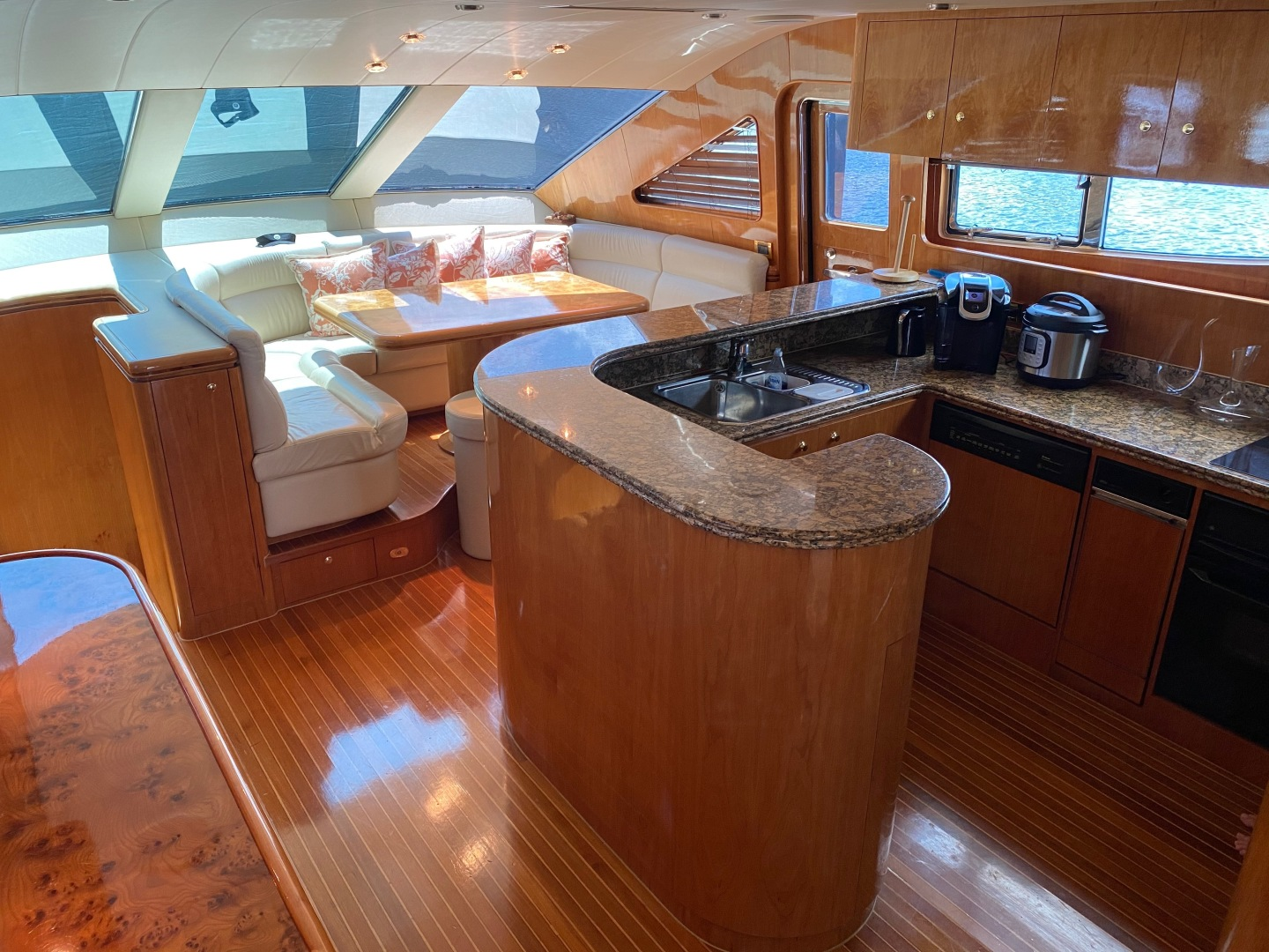 Horizon-Enclosed Flybridge 2002-Rogue Ocean Reef-Florida-United States-1494584 | Thumbnail
