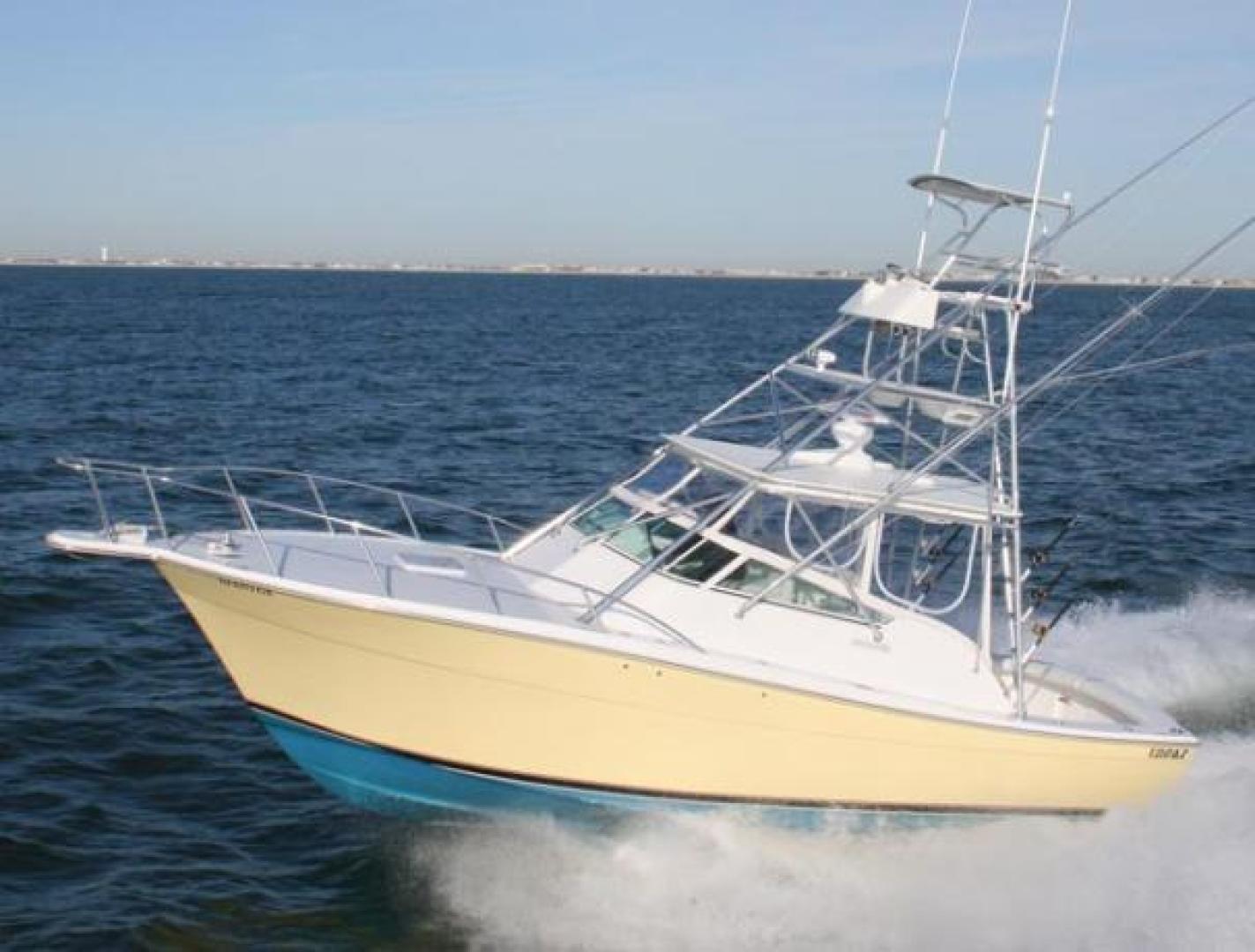 Topaz-33 Express 2010-Yellow Fish Ocean City-Maryland-United States-1537725 | Thumbnail