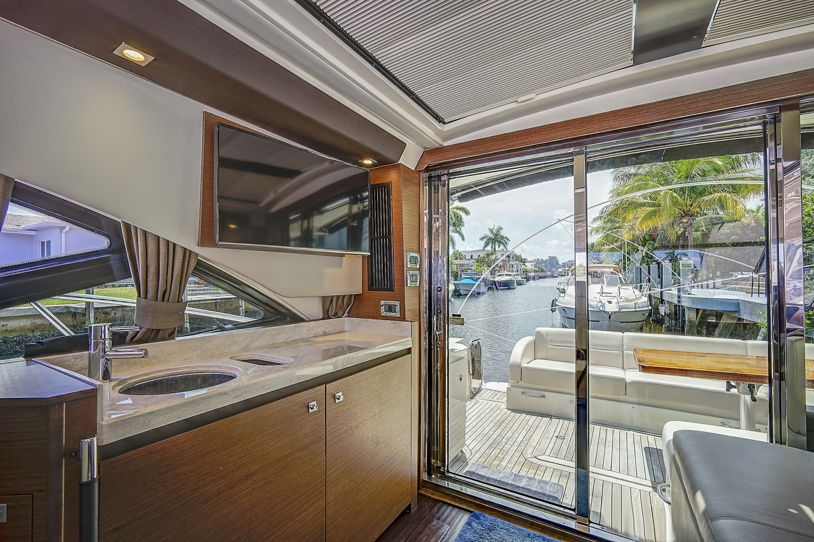 Sea Ray-Sundancer 2014-Lunasea Boca Raton-Florida-United States-1503200 | Thumbnail