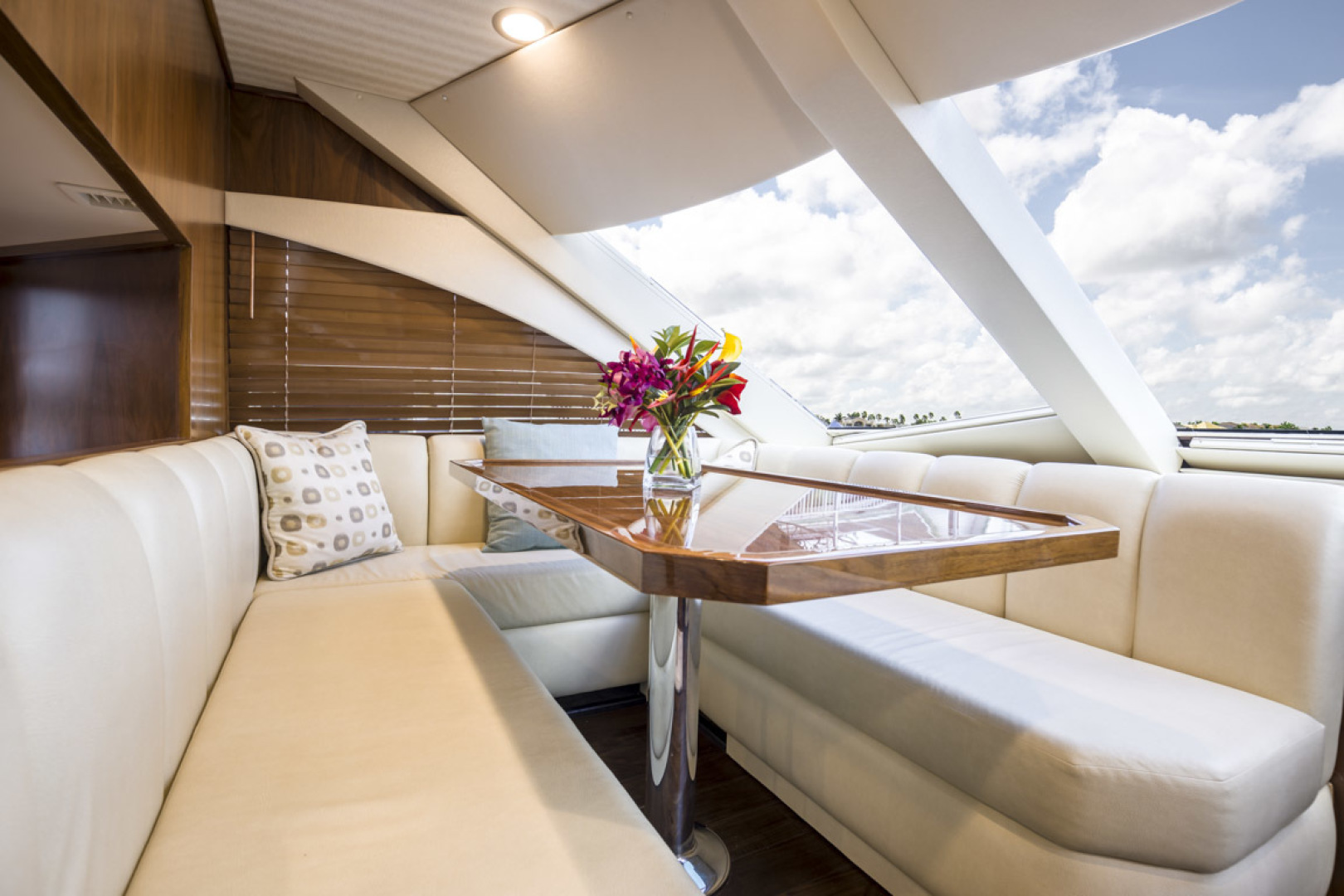 Viking-75 Motor Yacht 2015-Knot Guilty Indian Rocks Beach-Florida-United States-2015 Viking 75 MY Dinette-1491181 | Thumbnail