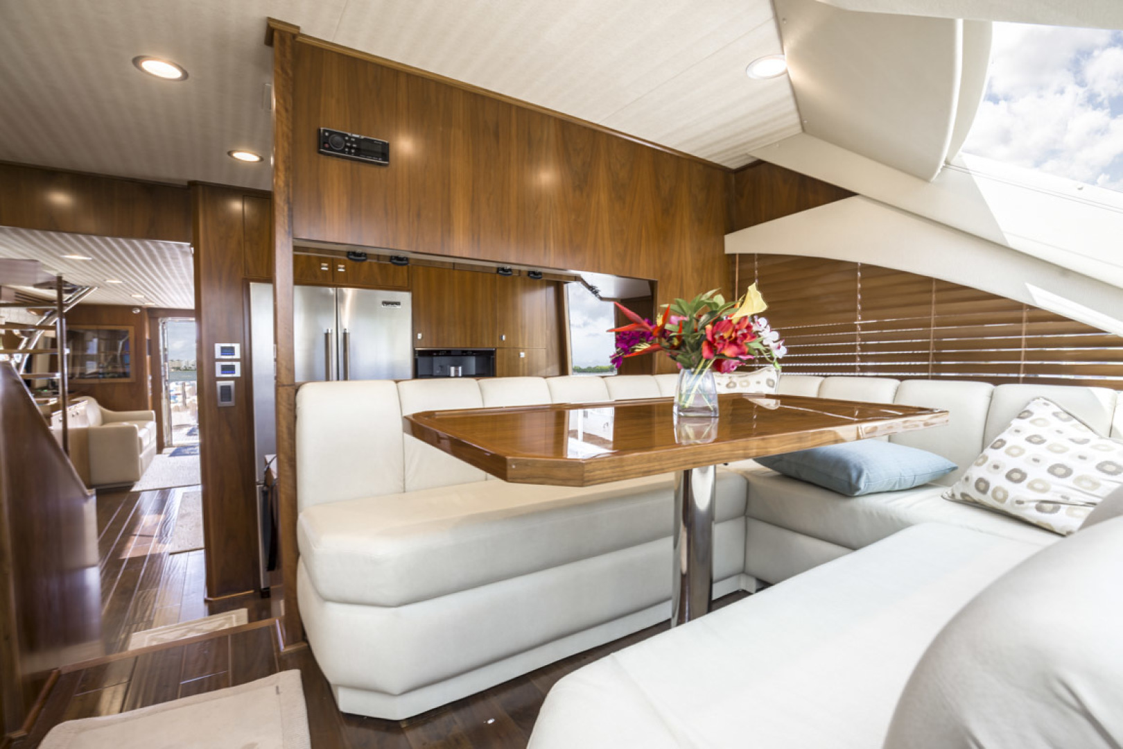 Viking-75 Motor Yacht 2015-Knot Guilty Indian Rocks Beach-Florida-United States-2015 Viking 75 MY Dinette-1491262 | Thumbnail