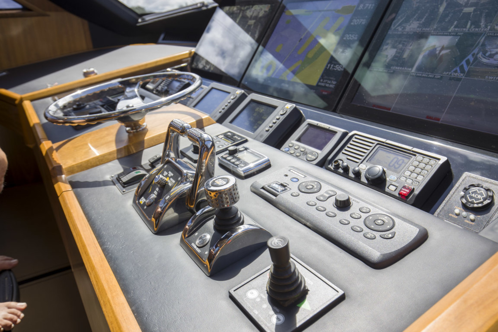 Viking-75 Motor Yacht 2015-Knot Guilty Indian Rocks Beach-Florida-United States-2015 Viking 75 MY Helm Electronics-1491187 | Thumbnail