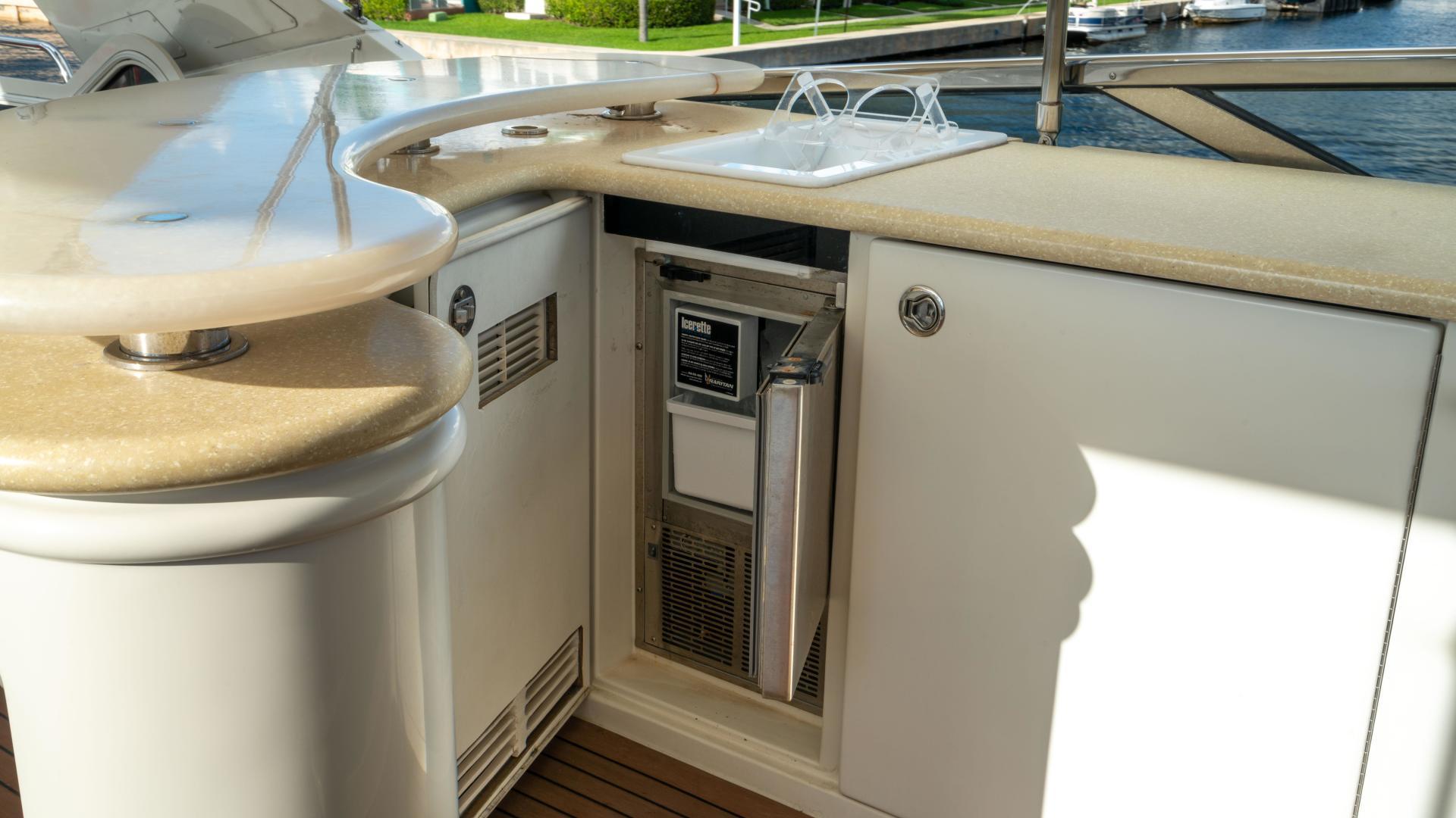 Marquis-690 2007-MINX Aventura-Florida-United States-1492668   Thumbnail