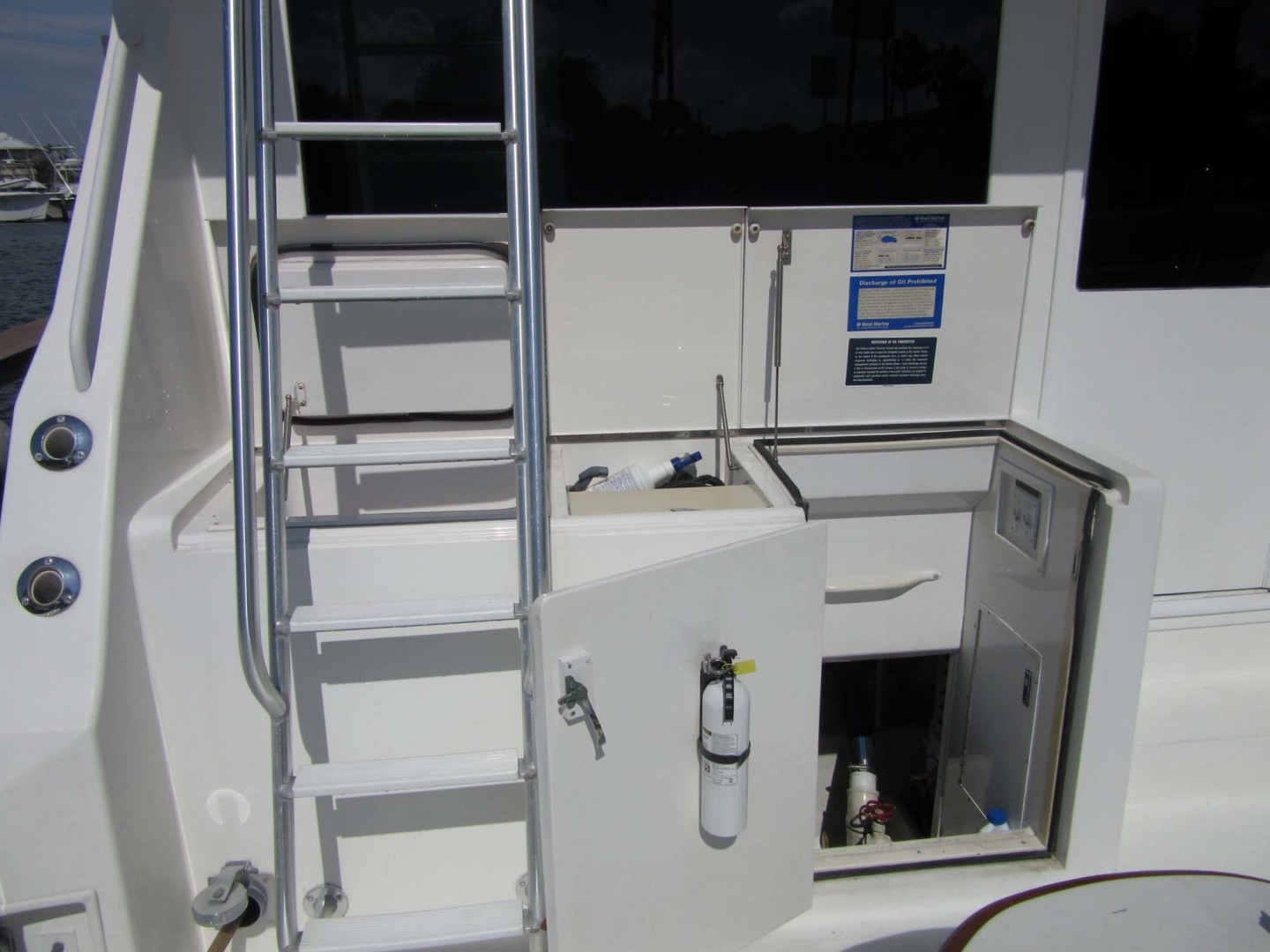 Viking-Flybridge Convertible 2001-VALHALLA Tierra Verde-Florida-United States-Freezer And Engine Room Access-1492739 | Thumbnail