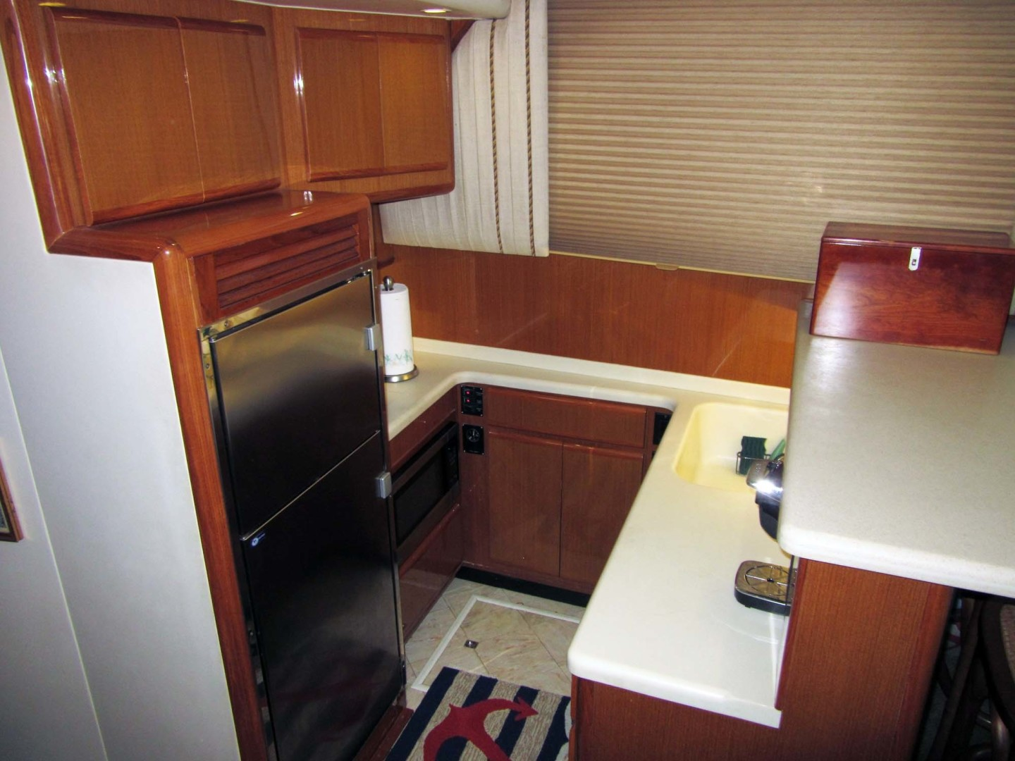 Viking-Flybridge Convertible 2001-VALHALLA Tierra Verde-Florida-United States-Galley Starboard Mid-1492718 | Thumbnail