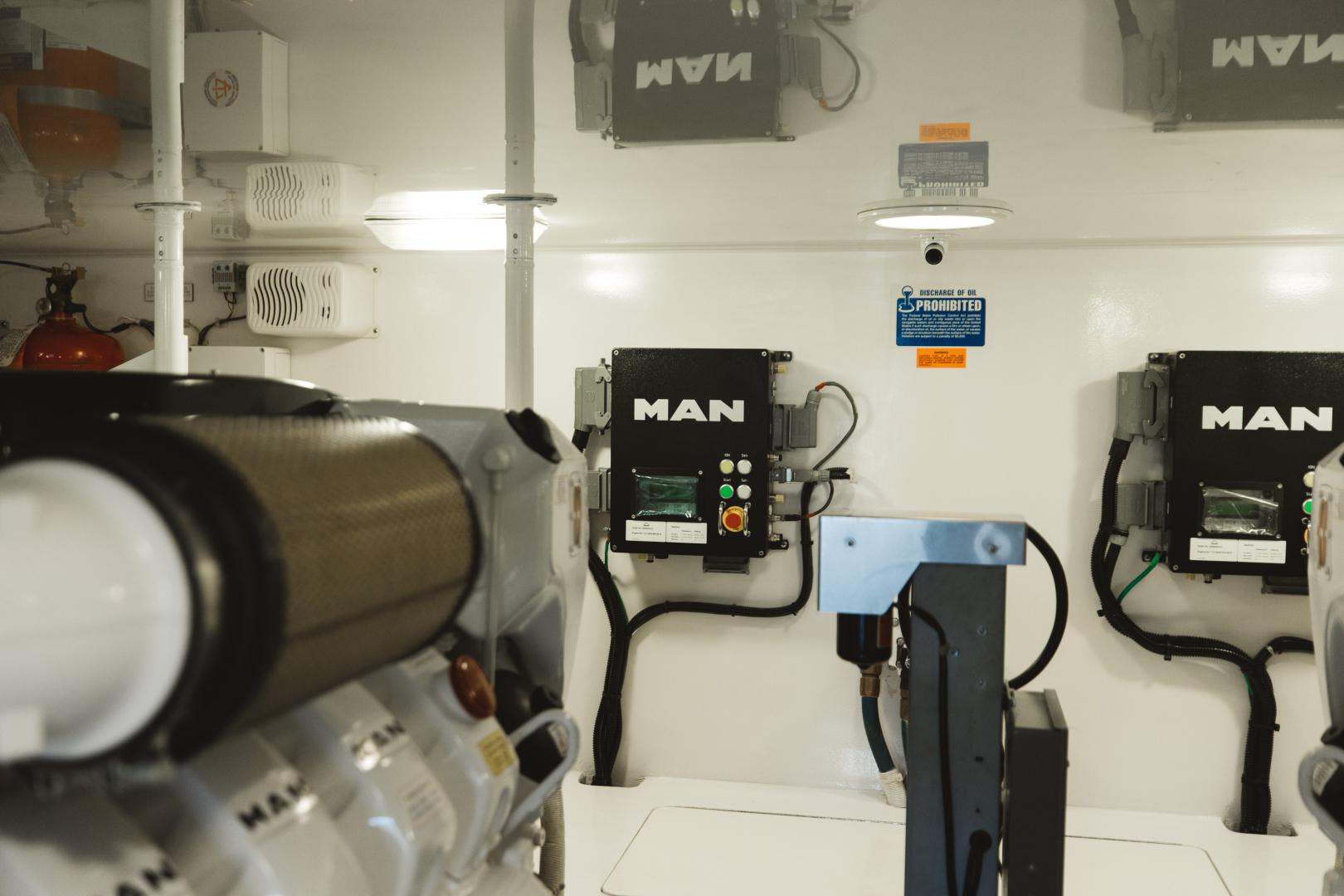 Viking-55 Convertible 2013-Maya Anna Maria-Florida-United States-2013 Viking 55 Convertible  Maya  Engine Room-1568477 | Thumbnail