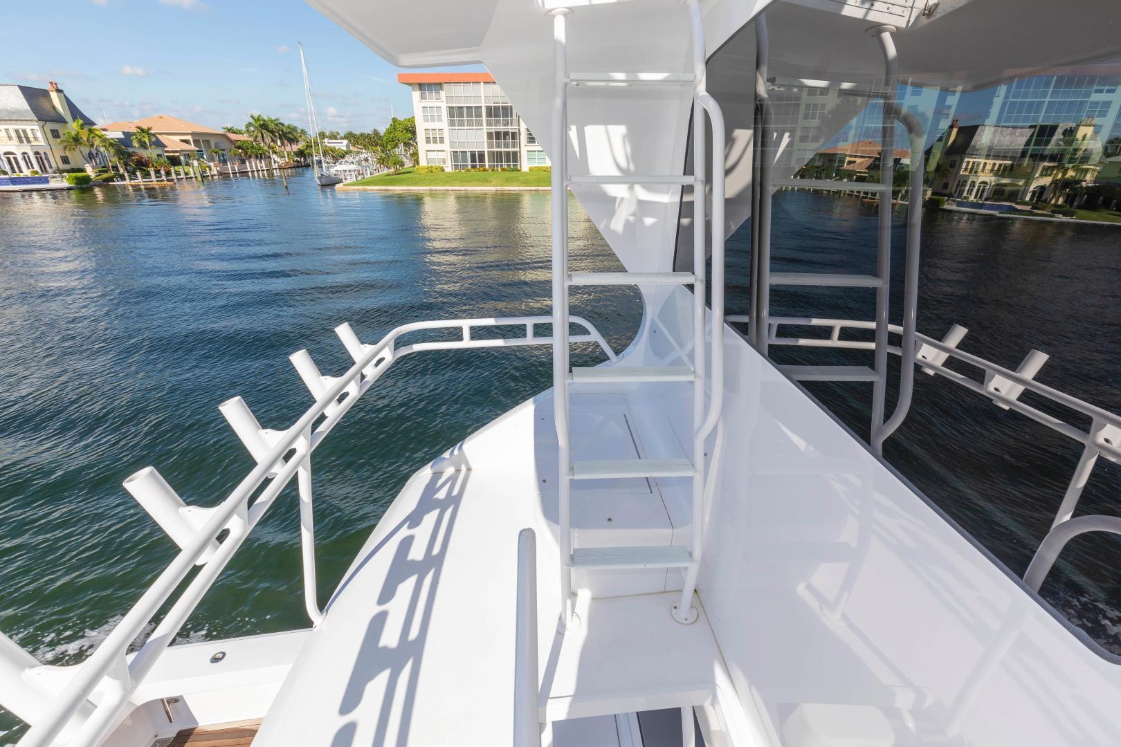 Viking-Enclosed Bridge Convertible 2002-GOOD TO GO Lighthouse Point-Florida-United States-1493944 | Thumbnail