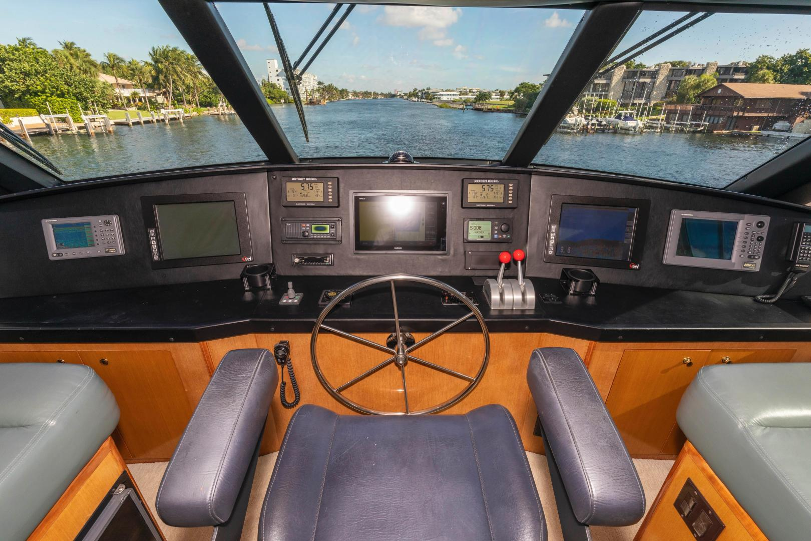 Viking-Enclosed Bridge Convertible 2002-GOOD TO GO Lighthouse Point-Florida-United States-1493949 | Thumbnail