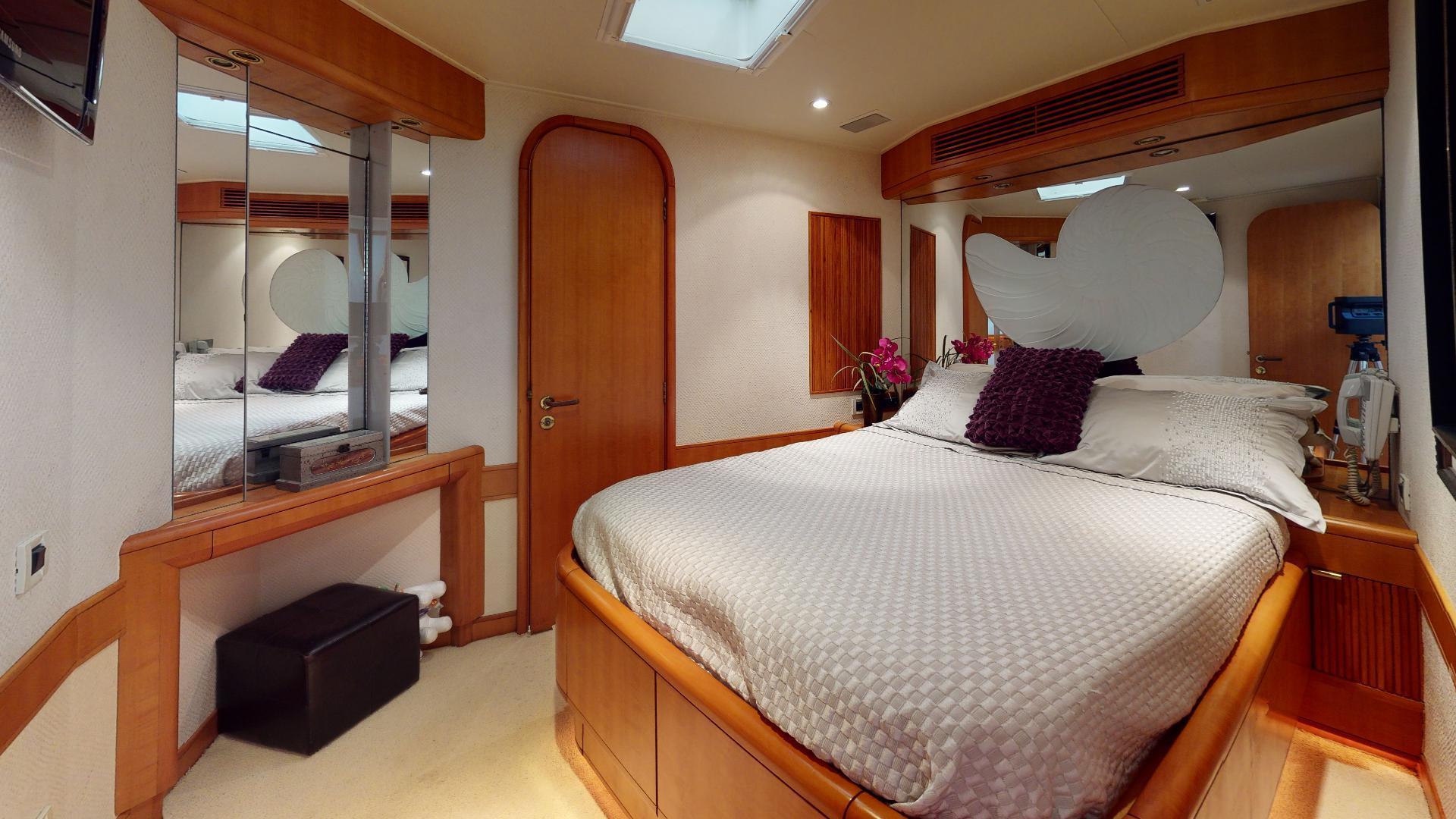 Trinity Yachts-Sportfish 1993-CLEAN SWEEP Jupiter-Florida-United States-VIP Stateroom-1494699 | Thumbnail