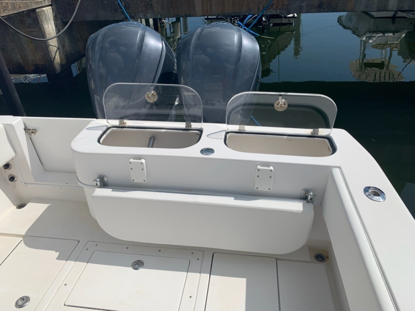 Contender-31 Center Console 2002-No Name Miami-Florida-United States-2020 31 Contender -Live Wells-1511653 | Thumbnail