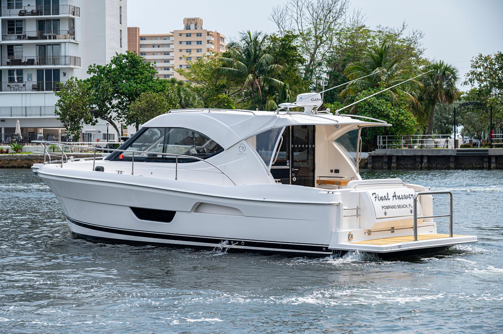 Riviera-3600 Sport Yacht 2017 -Staten Island-New York-United States-1496431 | Thumbnail