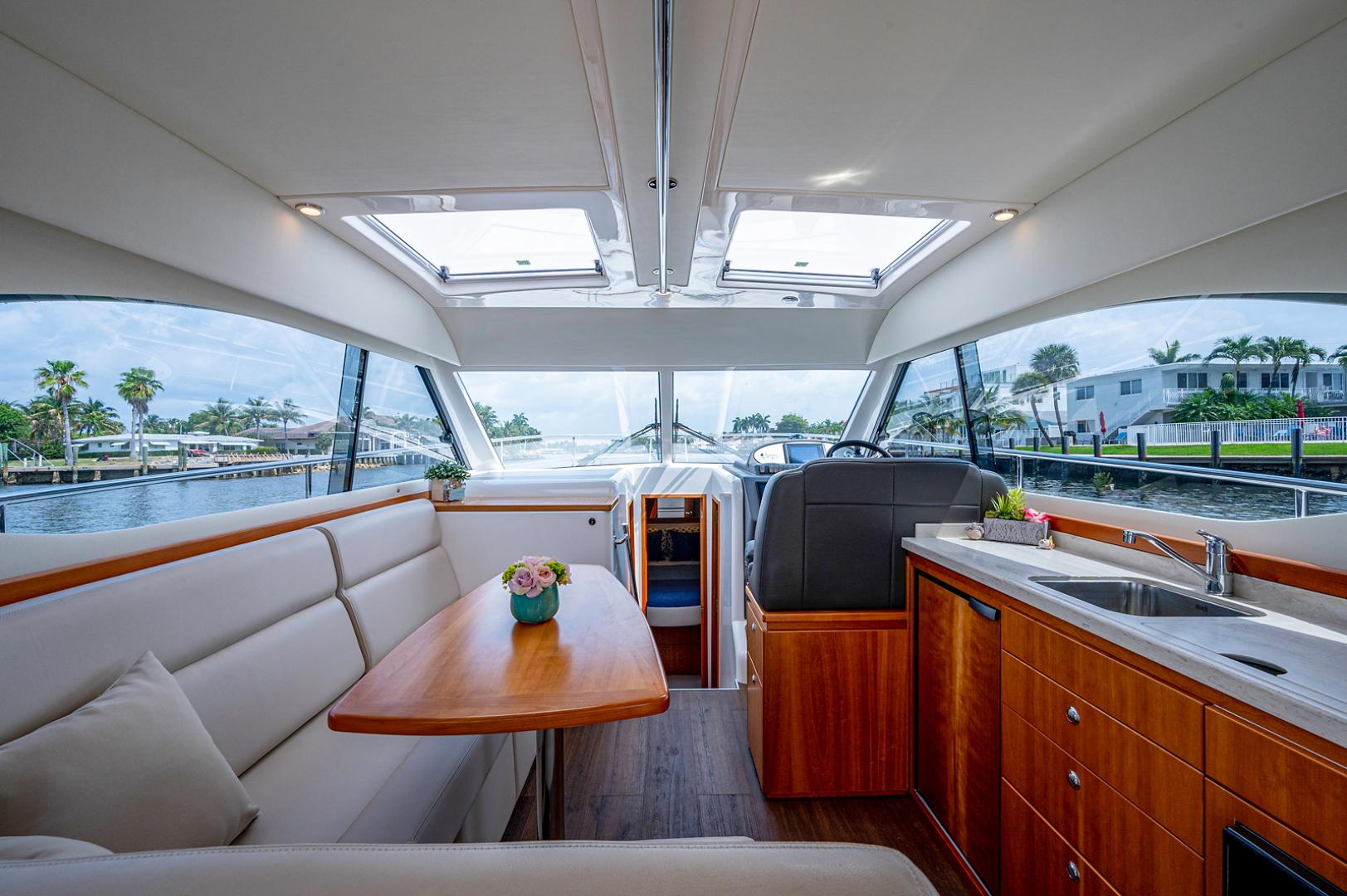 Riviera-3600 Sport Yacht 2017 -Staten Island-New York-United States-1496438 | Thumbnail