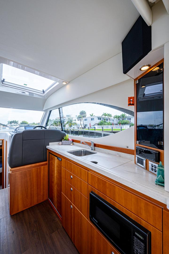 Riviera-3600 Sport Yacht 2017 -Staten Island-New York-United States-1496416 | Thumbnail