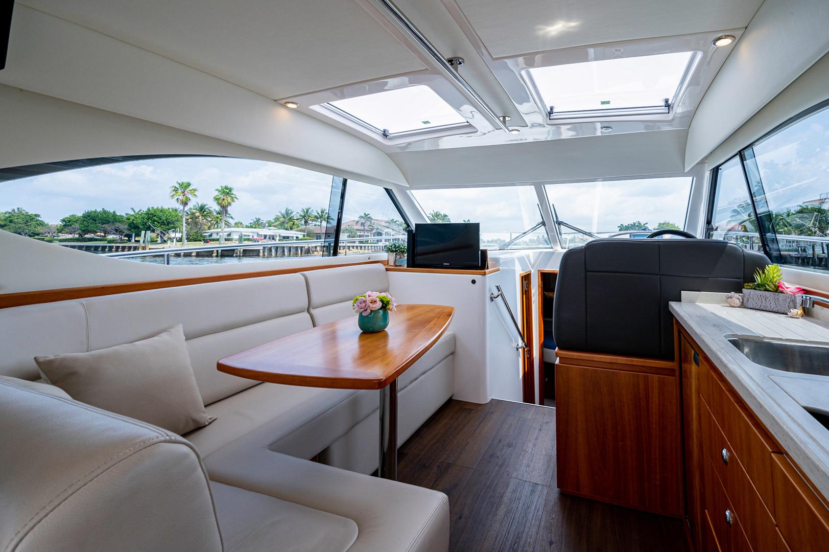 Riviera-3600 Sport Yacht 2017 -Staten Island-New York-United States-1496441 | Thumbnail