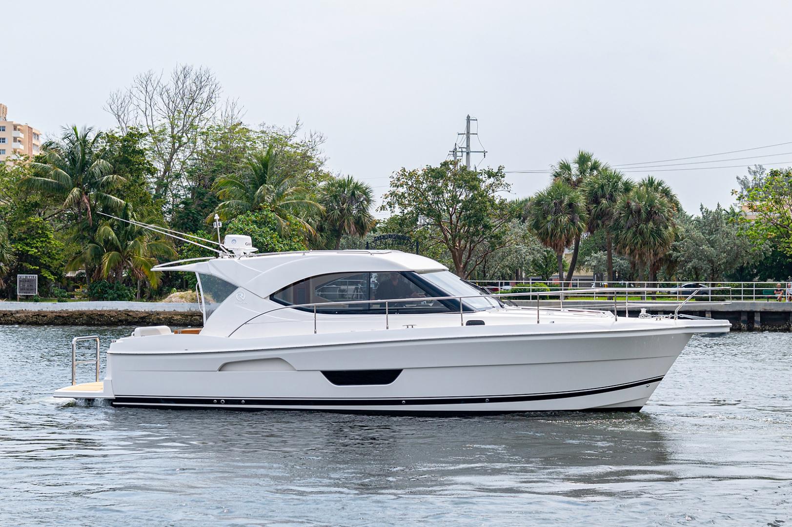 Riviera-3600 Sport Yacht 2017 -Staten Island-New York-United States-1496437 | Thumbnail