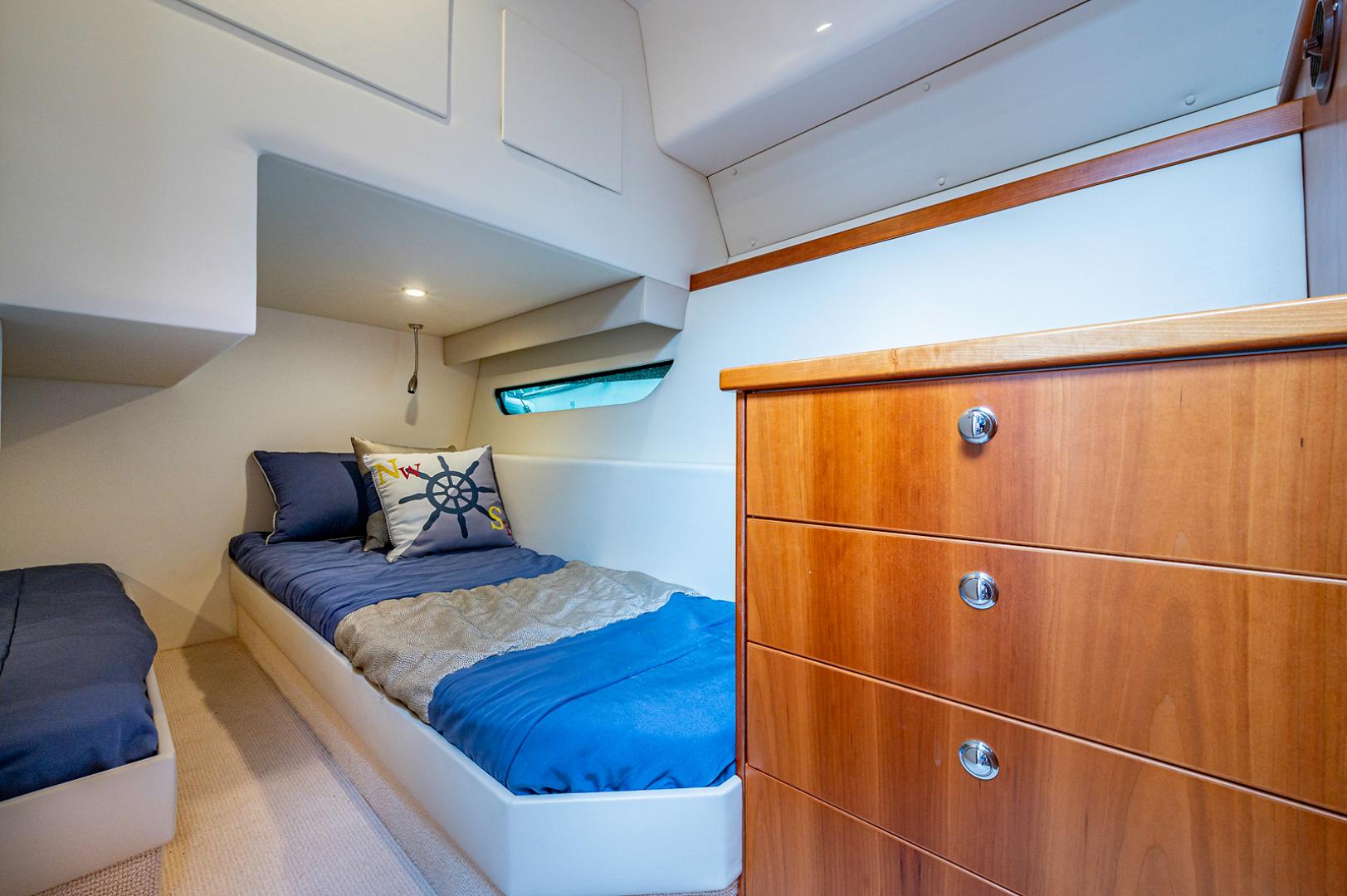 Riviera-3600 Sport Yacht 2017 -Staten Island-New York-United States-1496420 | Thumbnail