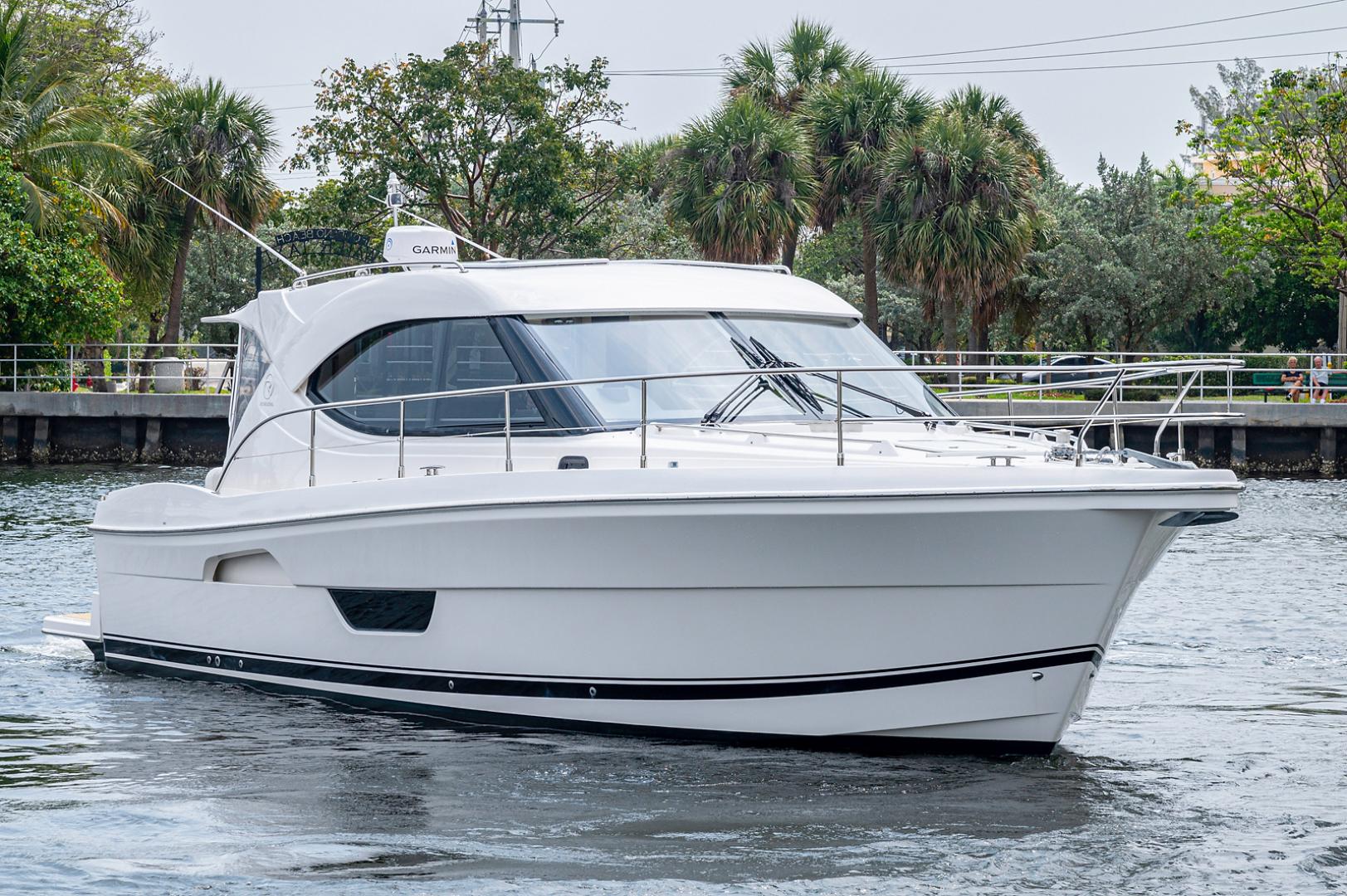 Riviera-3600 Sport Yacht 2017 -Staten Island-New York-United States-1496436 | Thumbnail