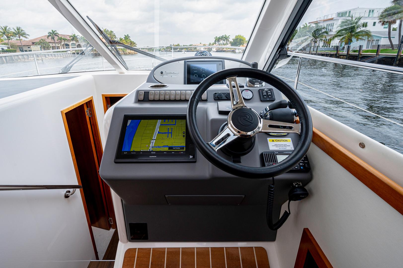 Riviera-3600 Sport Yacht 2017 -Staten Island-New York-United States-1496426 | Thumbnail