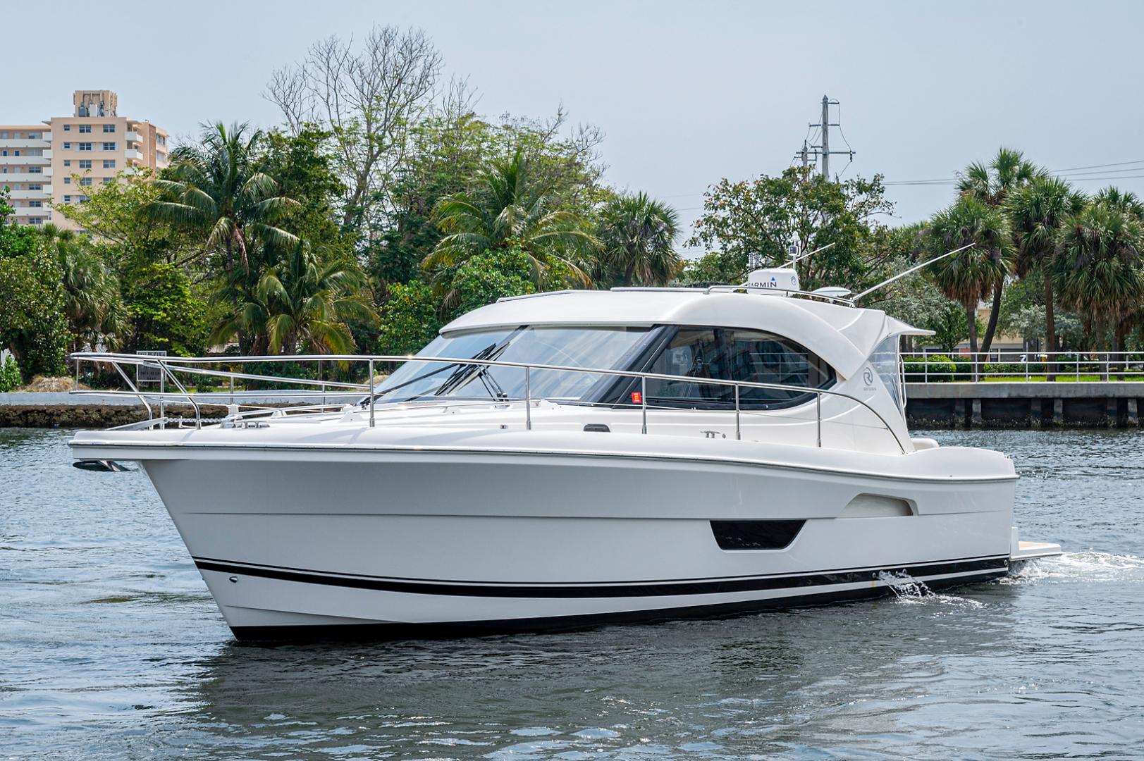 Riviera-3600 Sport Yacht 2017 -Staten Island-New York-United States-1496434 | Thumbnail