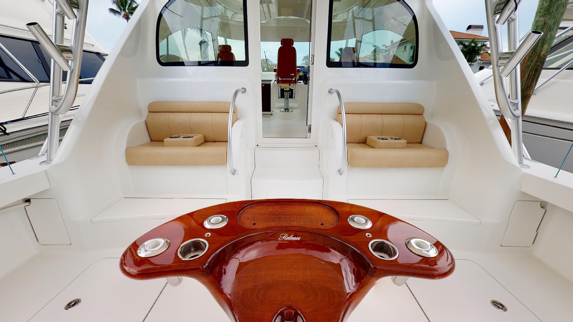Viking-Sport Tower 2019-Salt Shaker II North Palm Beach-Florida-United States-Cockpit-1498713 | Thumbnail