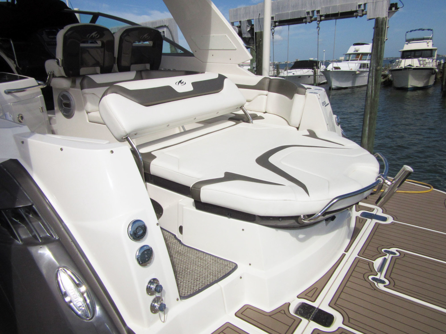 Monterey-355 Sport Yacht 2014-Sunset Serenity St. Petersburg-Florida-United States-Aft Sun Pad Lounge-1498620 | Thumbnail