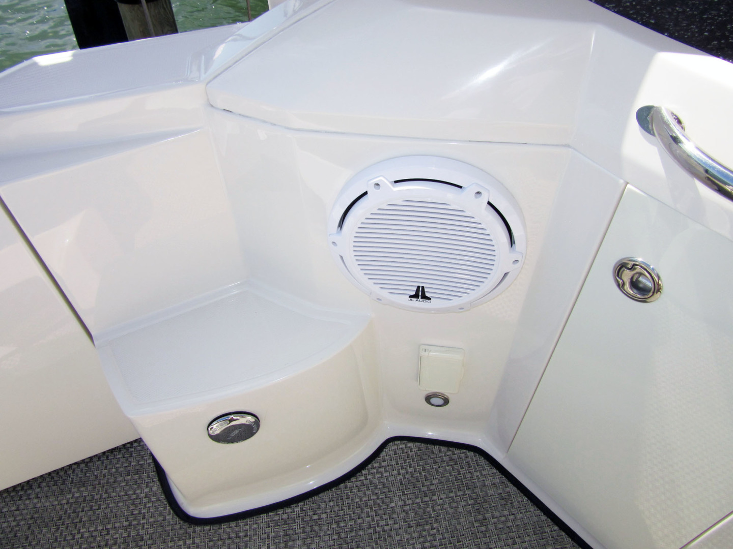 Monterey-355 Sport Yacht 2014-Sunset Serenity St. Petersburg-Florida-United States-Cockpit Sub Woofer-1498605 | Thumbnail