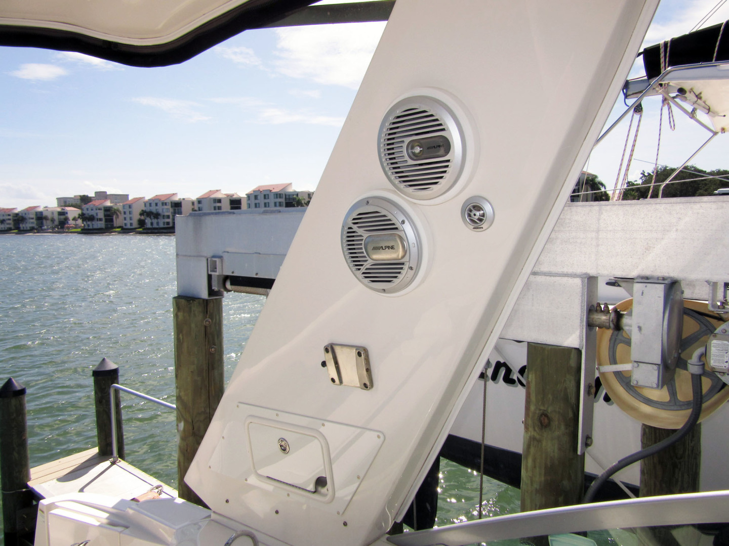 Monterey-355 Sport Yacht 2014-Sunset Serenity St. Petersburg-Florida-United States-Cockpit Speakers And TV Mount-1498604 | Thumbnail