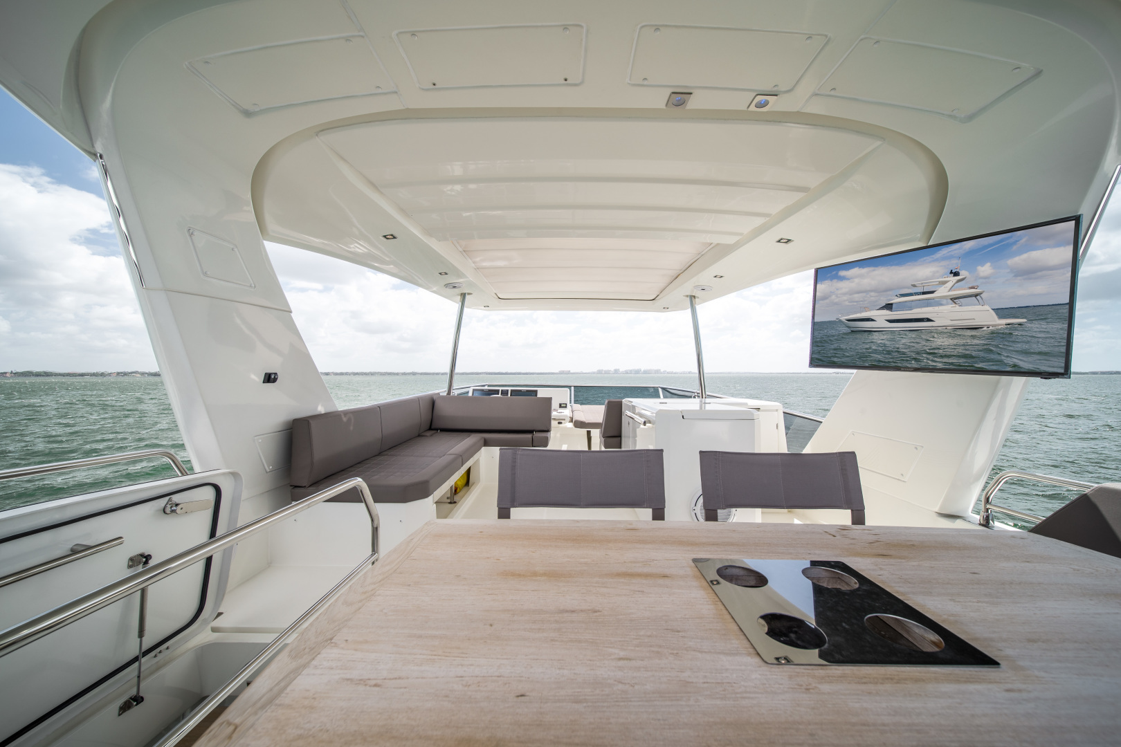 Prestige-680 Flybridge 2018-Seduction Sarasota-Florida-United States-2018 68 Prestige 680 Flybridge  Flybridge-1499000 | Thumbnail