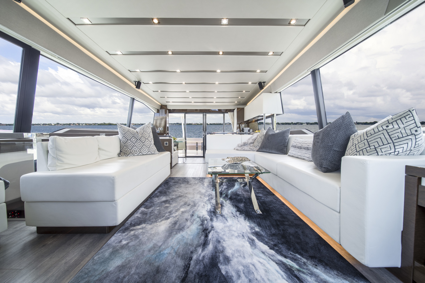 Prestige-680 Flybridge 2018-Seduction Sarasota-Florida-United States-2018 68 Prestige 680 Flybridge  Salon-1498921 | Thumbnail