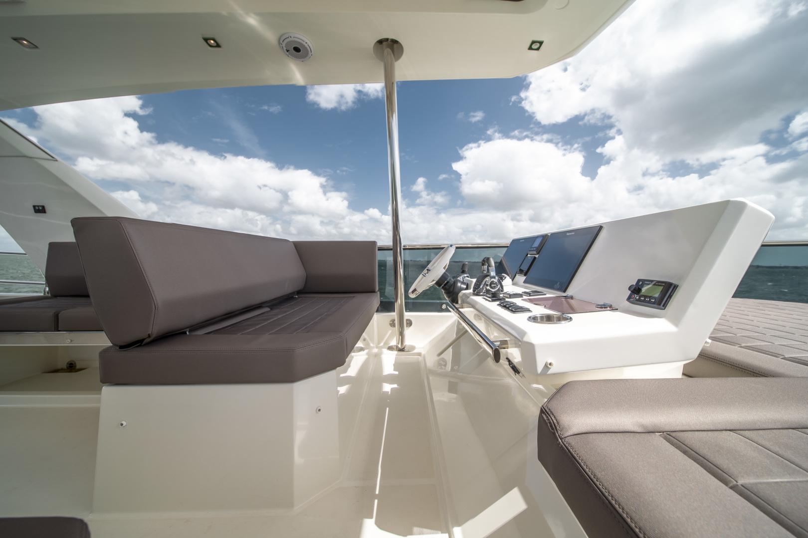 Prestige-680 Flybridge 2018-Seduction Sarasota-Florida-United States-2018 68 Prestige 680 Flybridge  Flybridge Helm-1499003 | Thumbnail