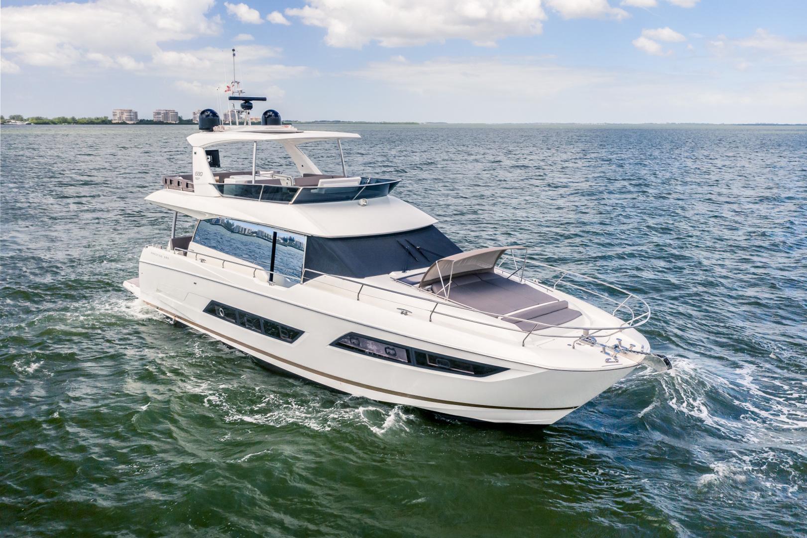 Prestige-680 Flybridge 2018-Seduction Sarasota-Florida-United States-2018 68 Prestige 680 Flybridge  Starboard Profile-1498897 | Thumbnail