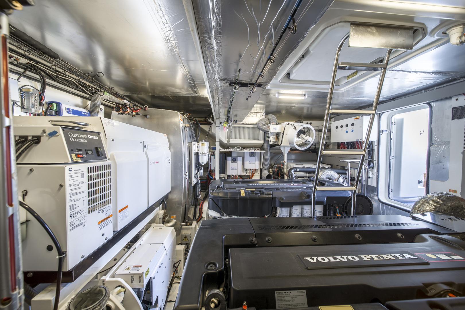 Prestige-680 Flybridge 2018-Seduction Sarasota-Florida-United States-2018 68 Prestige 680 Flybridge  Engine Room-1498948 | Thumbnail