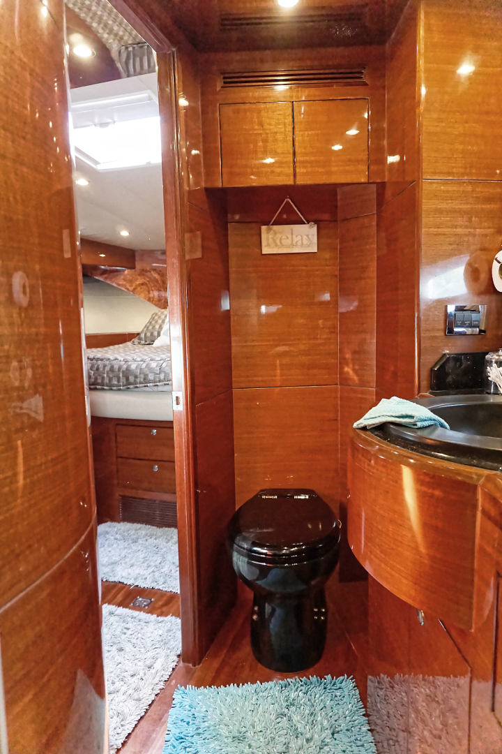 Ocean Alexander-Veloce 2007-SEARENITY Coral Gables-Florida-United States-Master Stateroom/Head-1499197 | Thumbnail