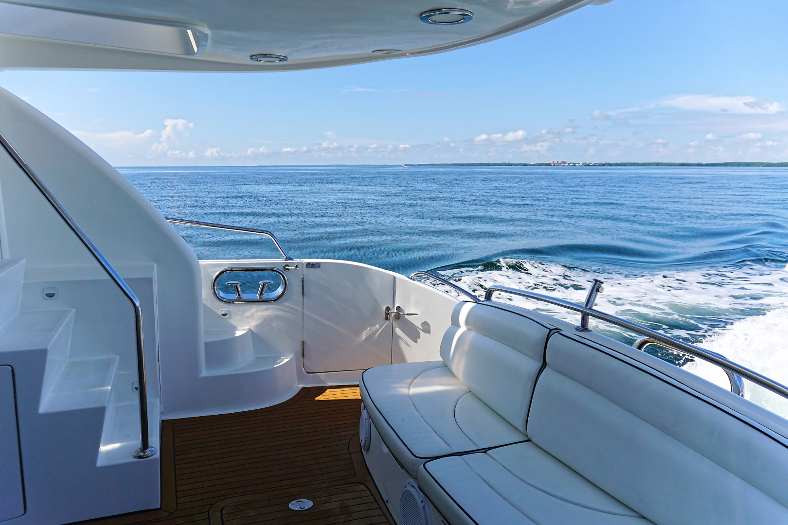 Ocean Alexander-Veloce 2007-SEARENITY Coral Gables-Florida-United States-Aft Deck Seating-1499220 | Thumbnail