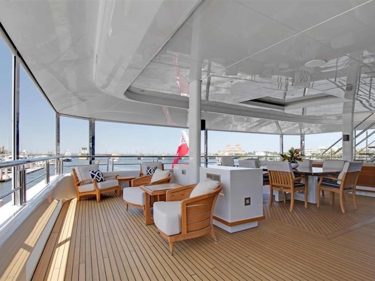 Turquoise 2012-QUANTUM OF SOLACE West Palm Beach-Florida-United States-Skylounge Aft Deck  Screen Up-1657670 | Thumbnail