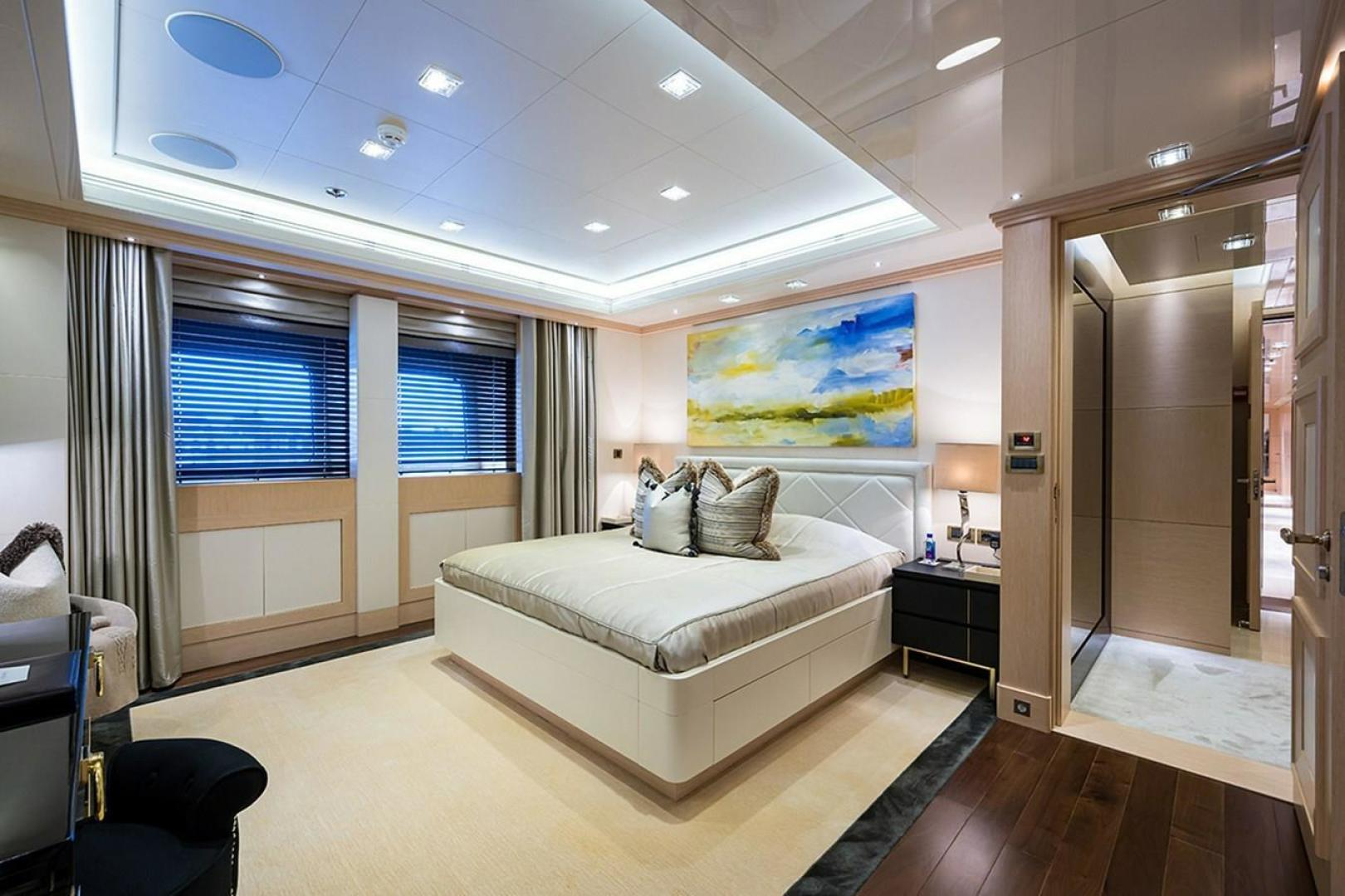 Turquoise 2012-QUANTUM OF SOLACE West Palm Beach-Florida-United States-All Guest Cabins on the Main Deck  VIP Guest Cabin, Facing Aft-1499649 | Thumbnail