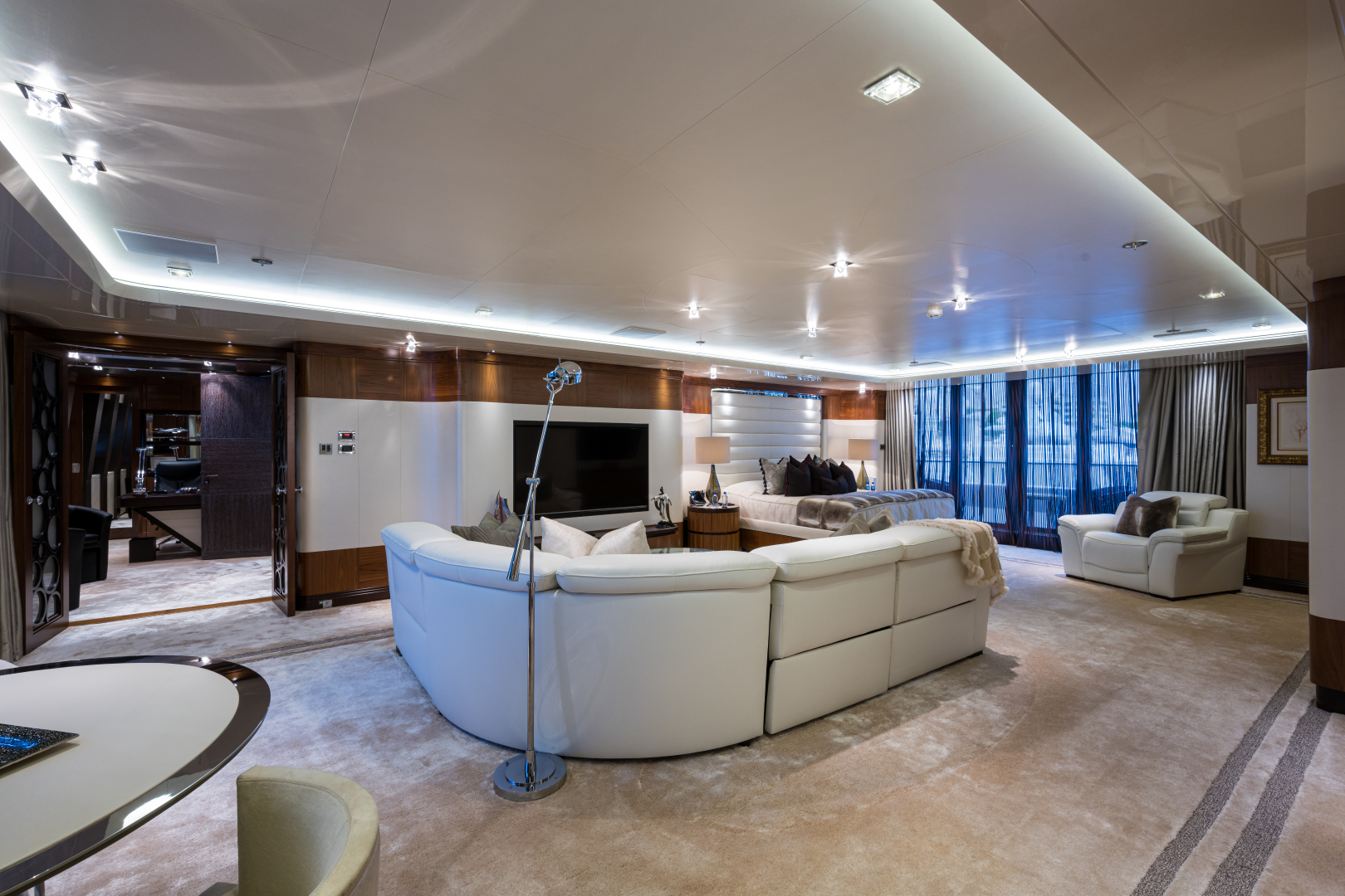 Turquoise 2012-QUANTUM OF SOLACE West Palm Beach-Florida-United States-Master Suite Lounge Area-1572037 | Thumbnail