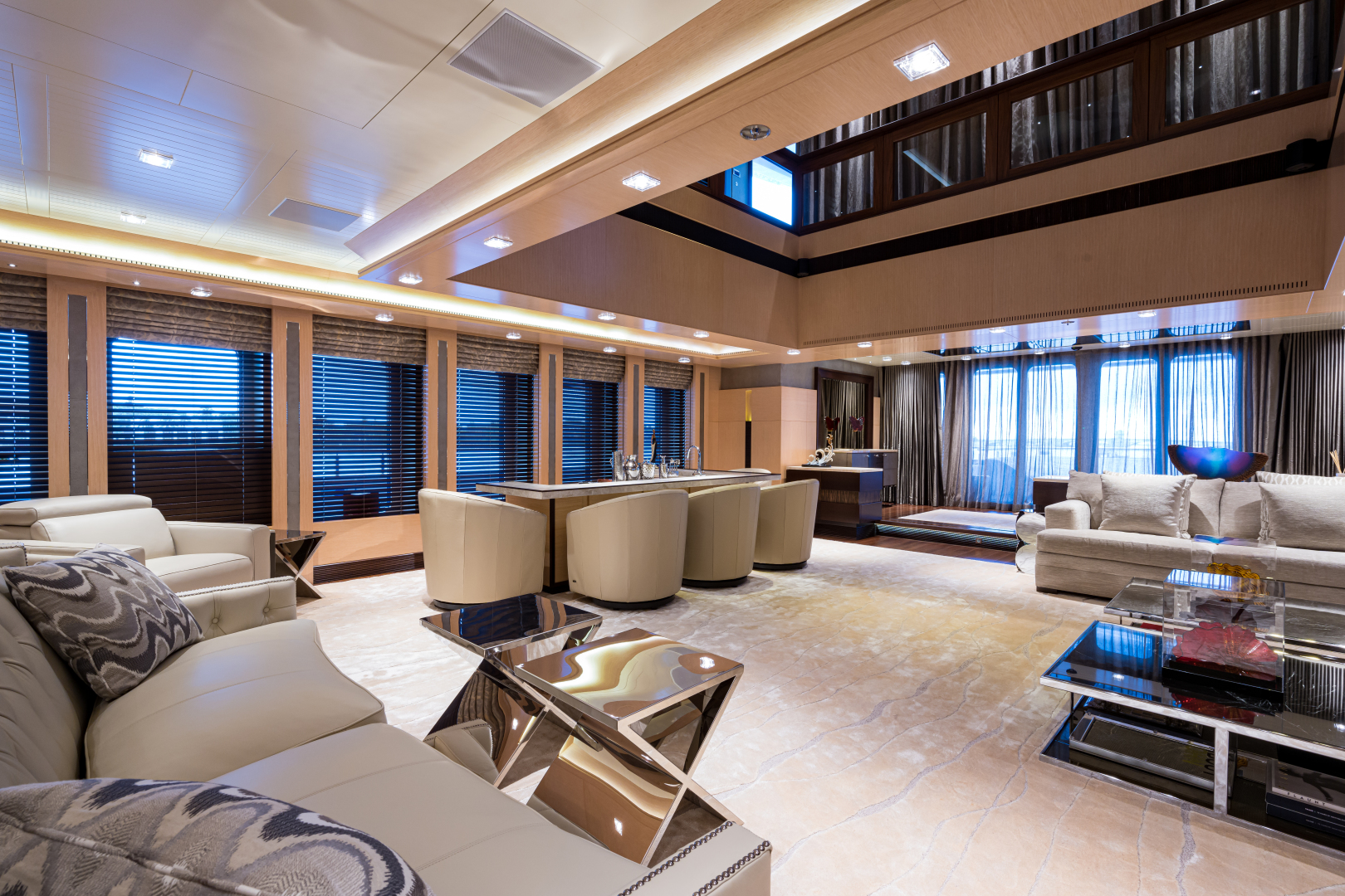 Turquoise 2012-QUANTUM OF SOLACE West Palm Beach-Florida-United States-Salon Looking Aft-1575902 | Thumbnail