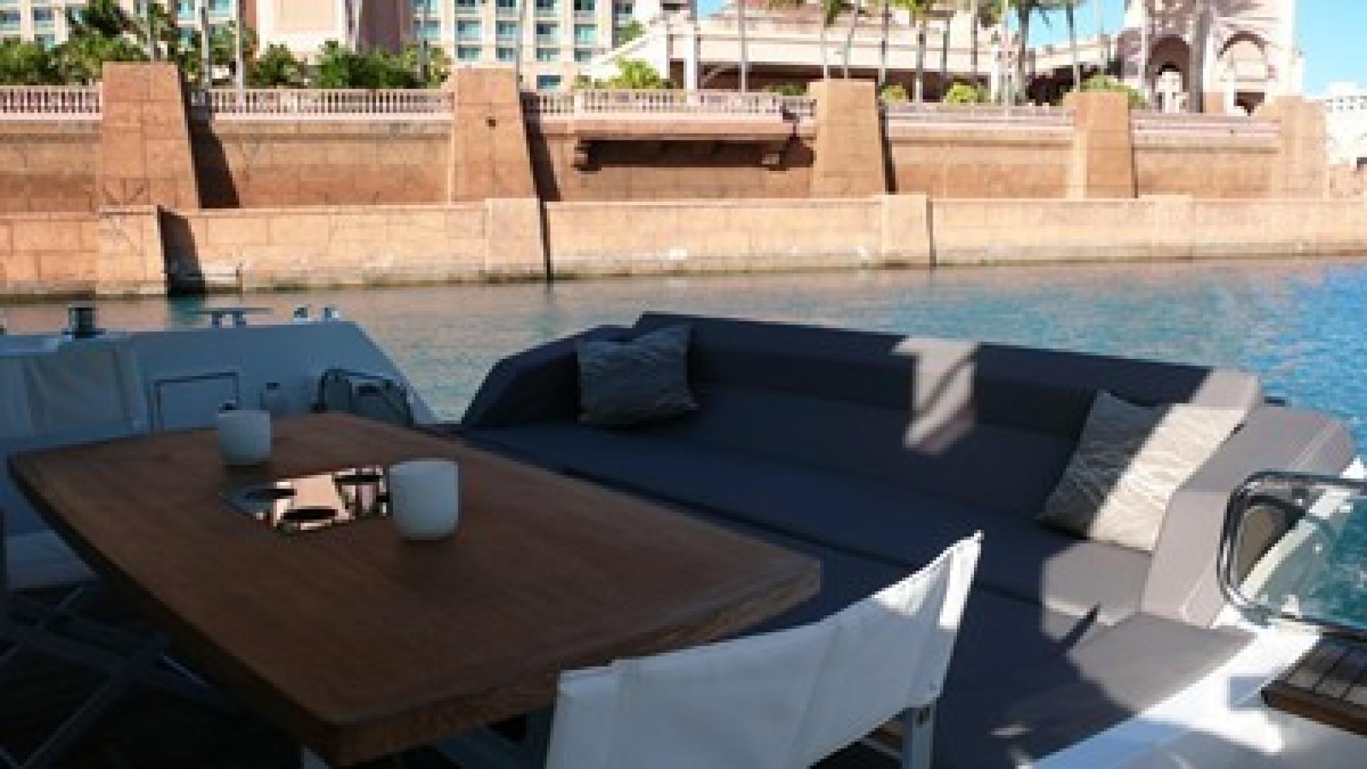 Prestige 2016 -Bahamas-1500031 | Thumbnail