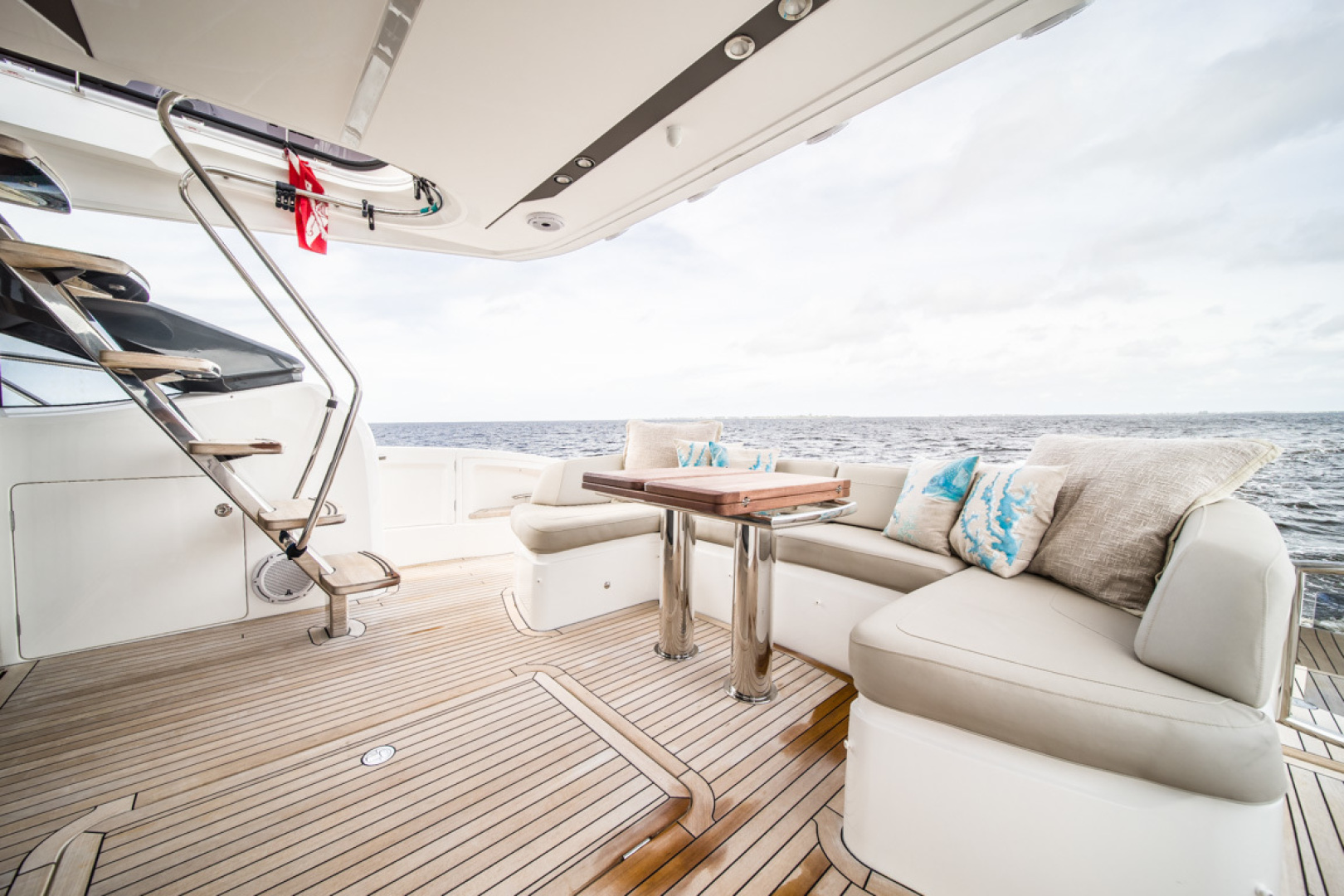 Princess-S65 2019-Paragon Cape Coral-Florida-United States-2019 65 Princess S65-Paragon-Cockpit-1510253 | Thumbnail