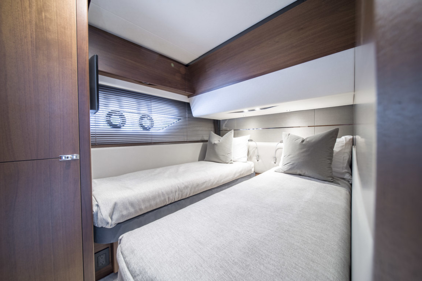 Princess-S65 2019-Paragon Cape Coral-Florida-United States-2019 65 Princess S65-Paragon-Starboard Guest Stateroom-1509924 | Thumbnail