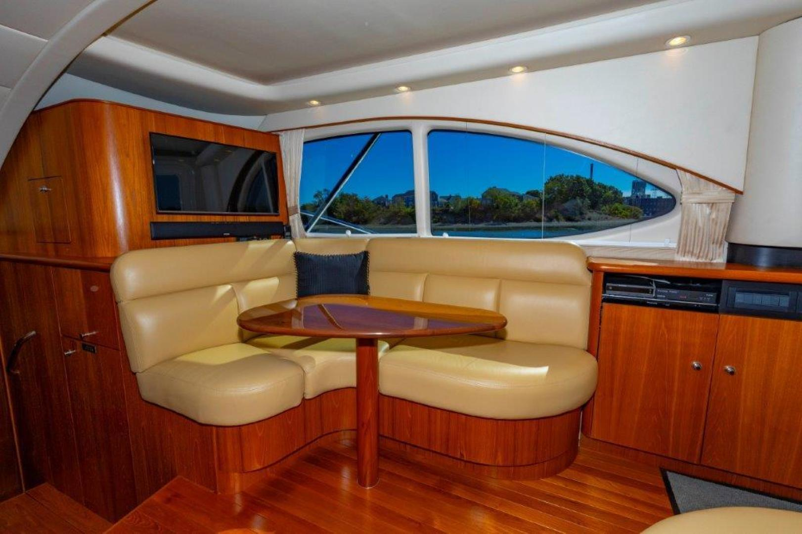Tiara Yachts-Convertible 2013-ALLIE CAT Quincy-Massachusetts-United States-39 Tiara Dinette-1507389 | Thumbnail
