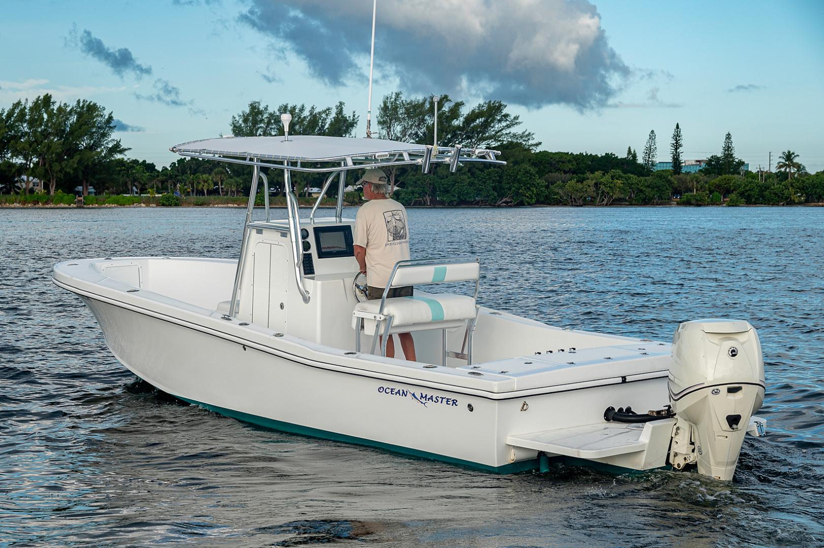 Ocean Master 2013-27 Ocean Master Palm Beach-Florida-United States-27 Ocean Master-1501379 | Thumbnail